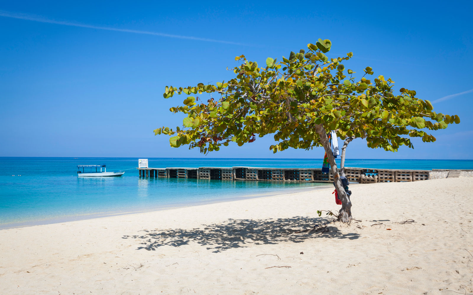 Weekly Travel Deals: Jamaica, Spain, Chicago