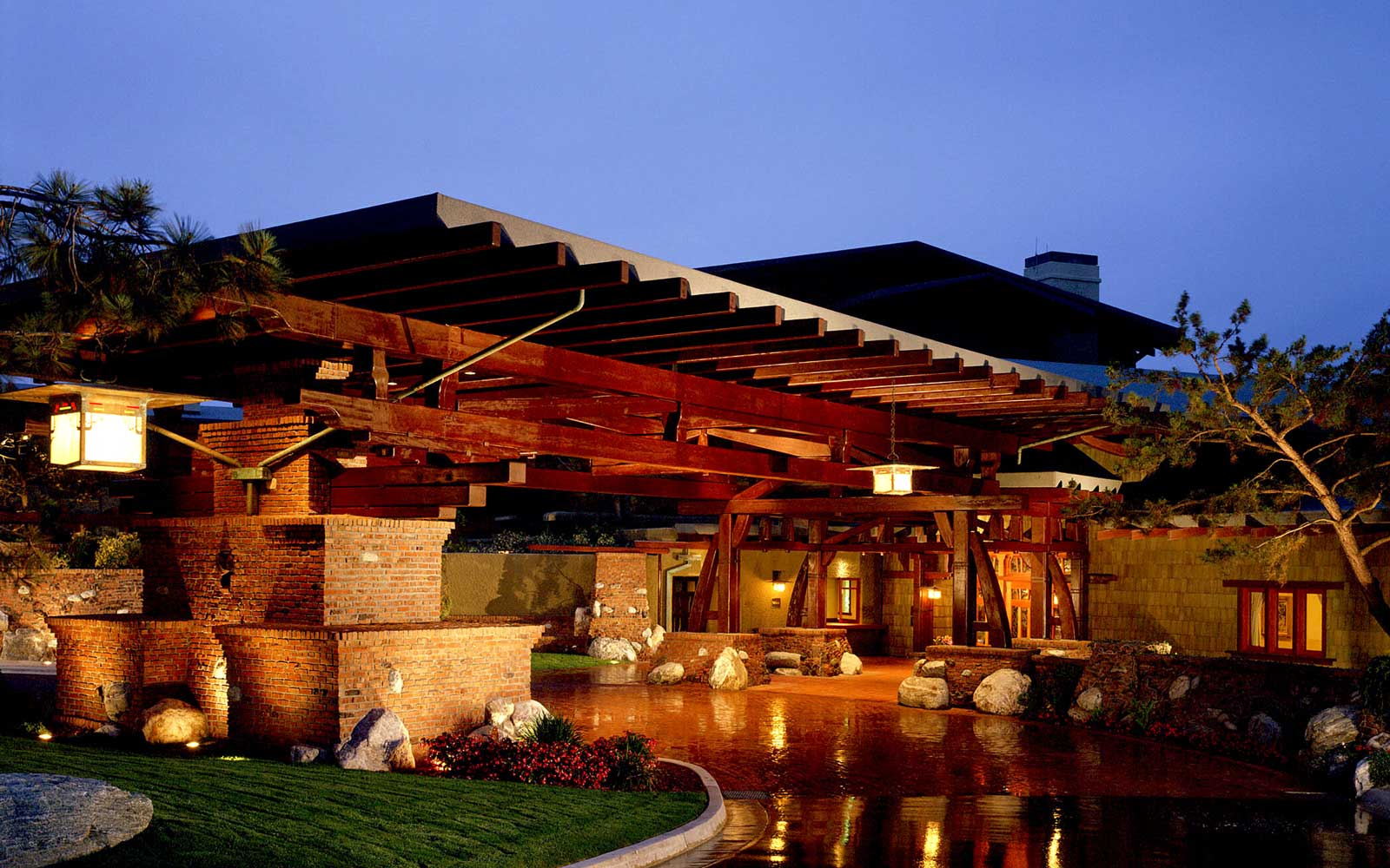 Get 30% off a Group Stay atthe Lodge at Torrey Pines in California