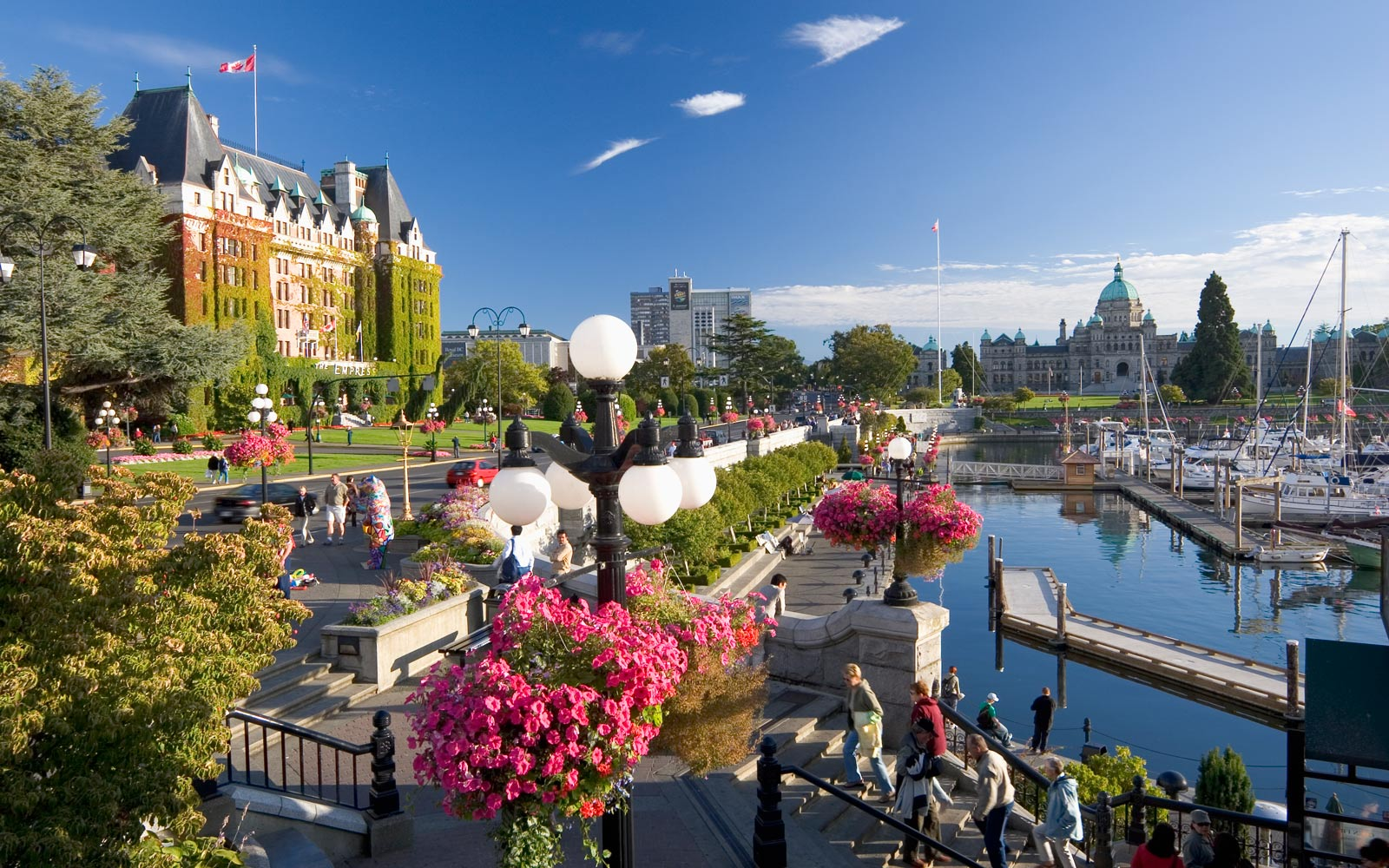 Explore the City of Victoria in 360 Degrees
