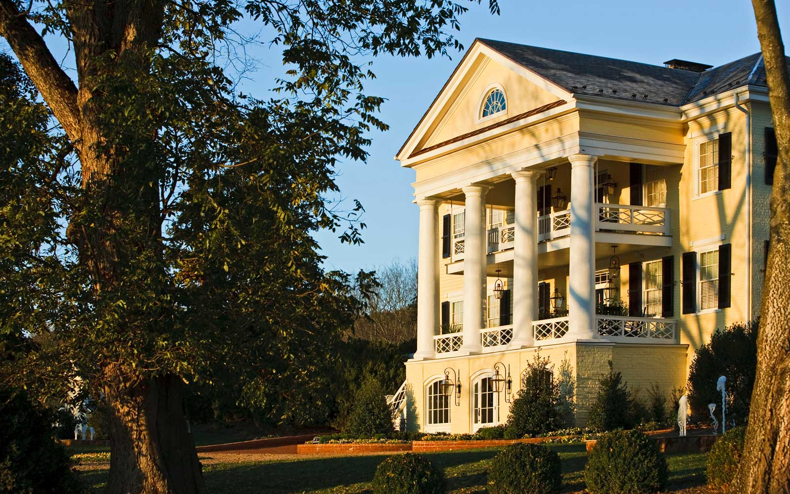 Enjoy 30% off Stays at This Charming Boutique Hotel in Virginia's Wine Country