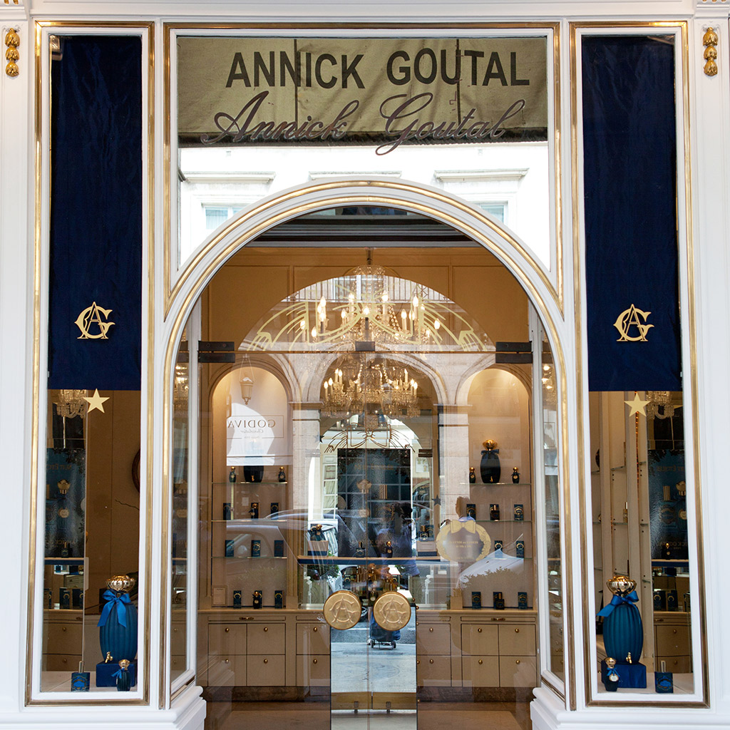 Best perfume boutiques in paris travel leisure for Best boutiques in the world