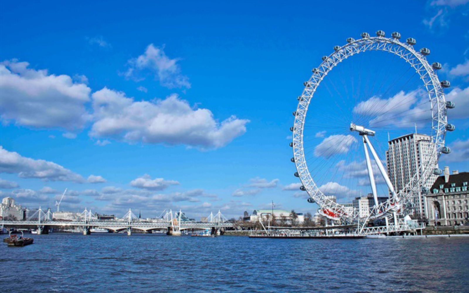 London Getaway From The Savoy