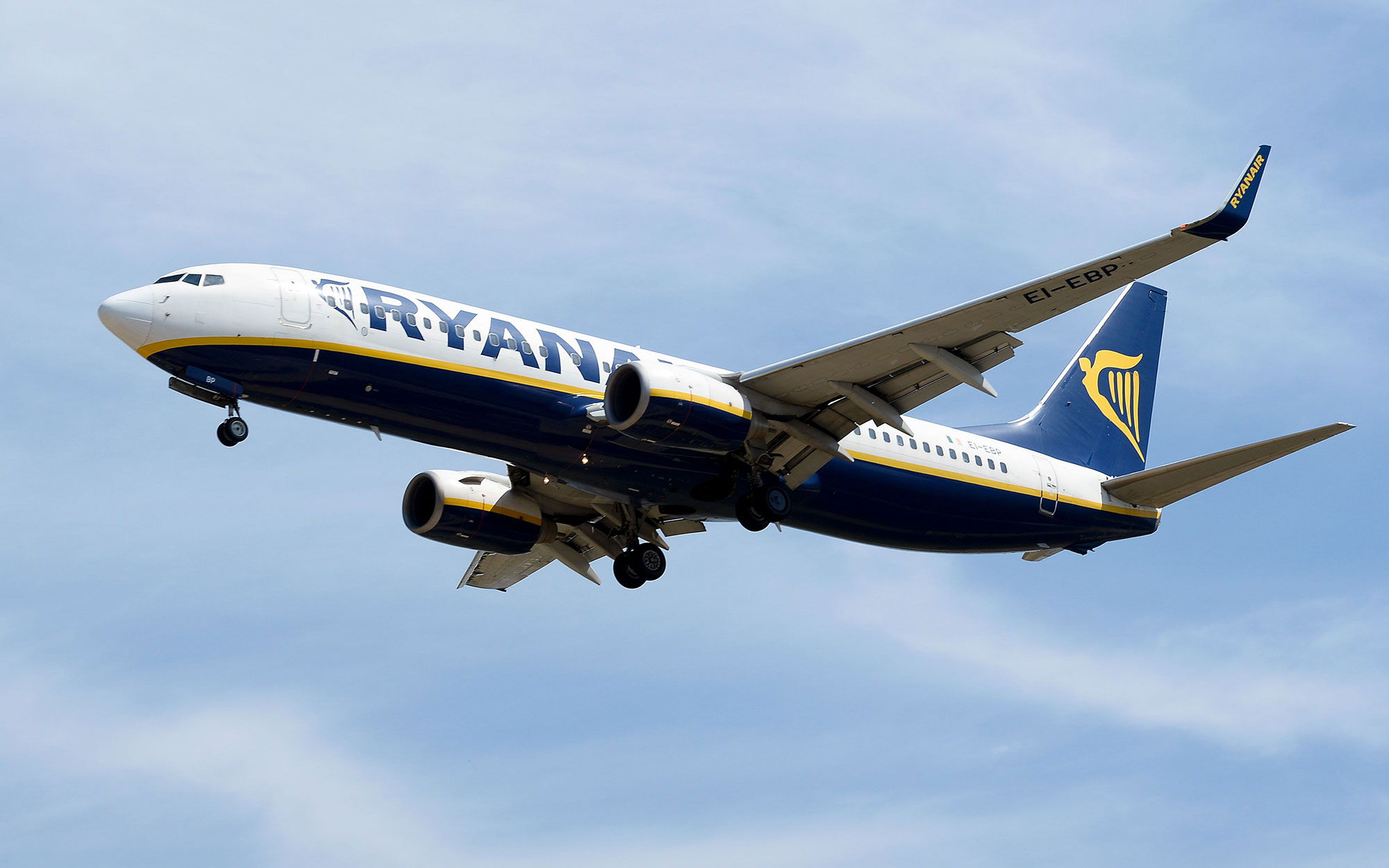 Ryanair Faces $500-Million Lawsuit Over Sneaky Fees