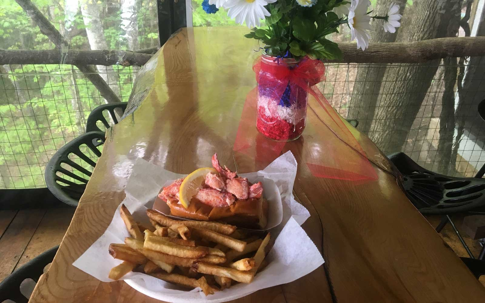 Best Lobster Rolls in New Hampshire