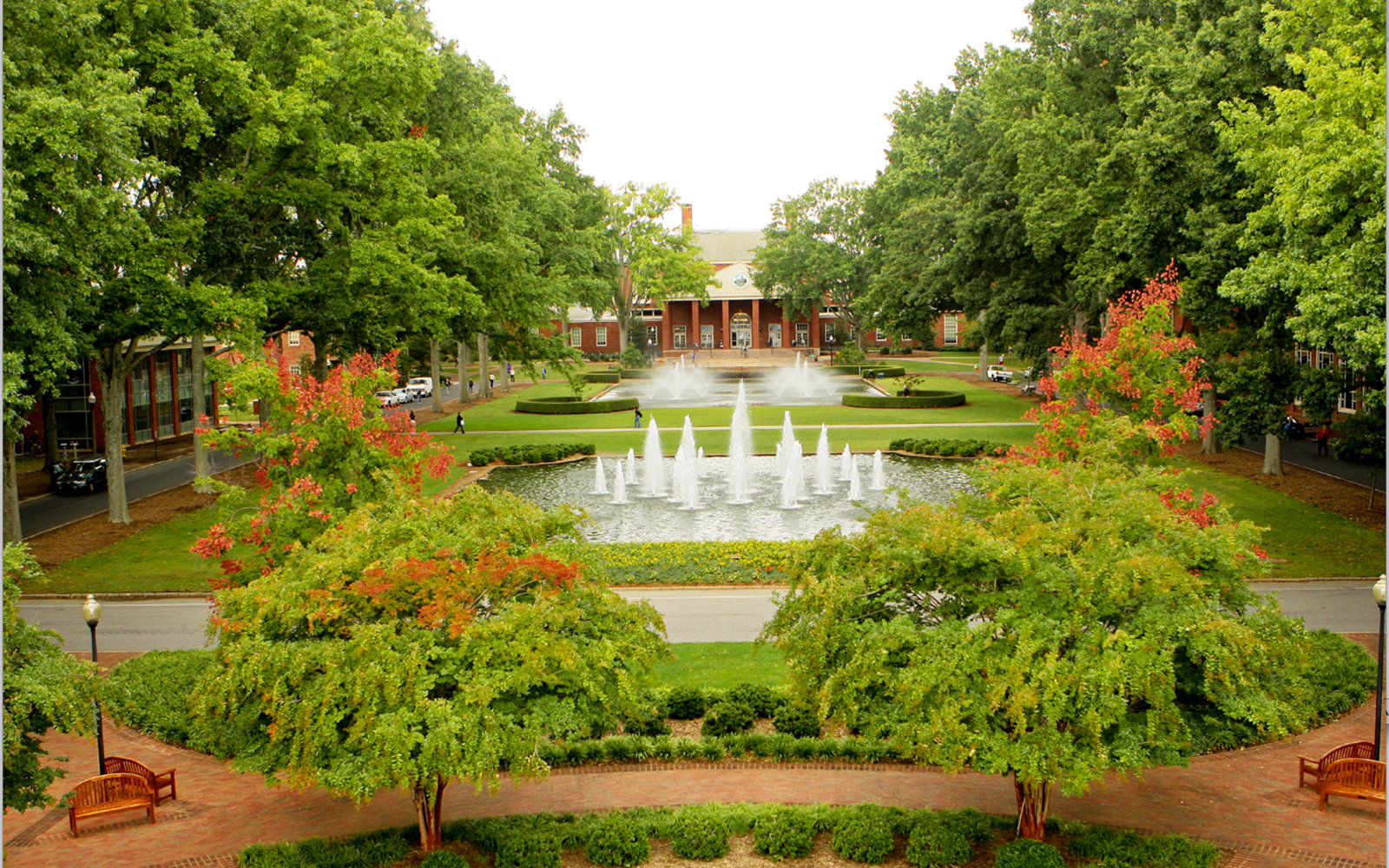 America s most beautiful college campuses travel leisure for Beautiful garden pictures houses