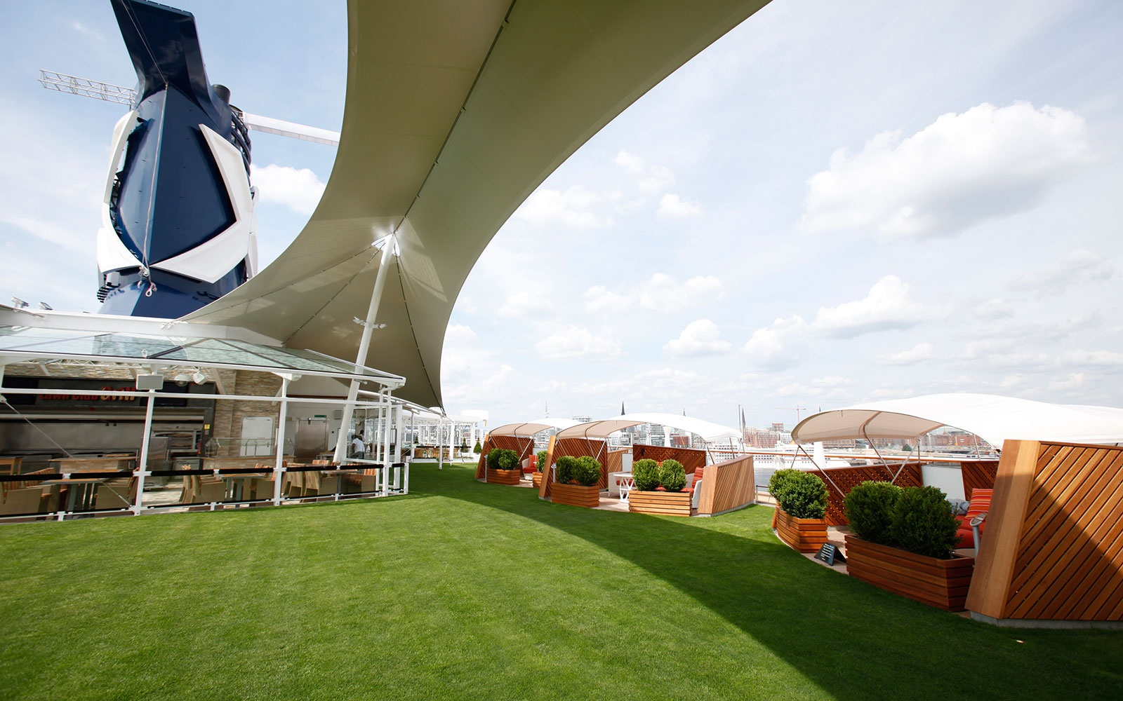 Lawn Club on Celebrity's Solstice