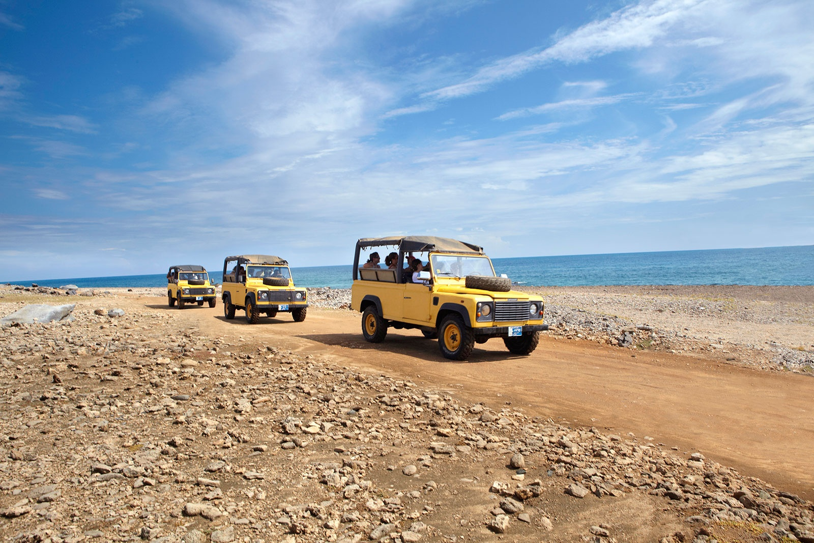 201503-connect-aruba-highres-jeep