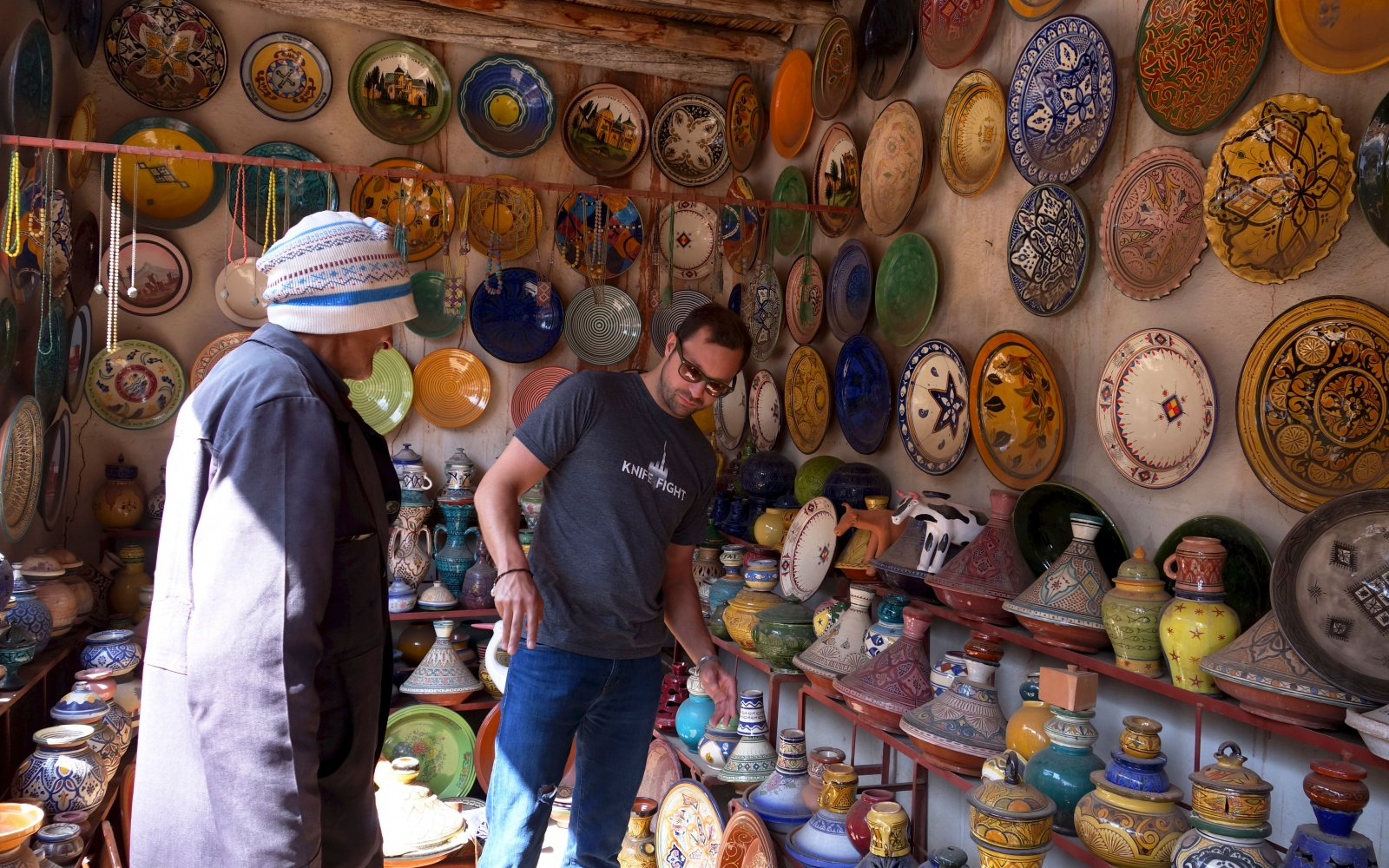 MOROCCO0515-Tagine-Shop.jpg