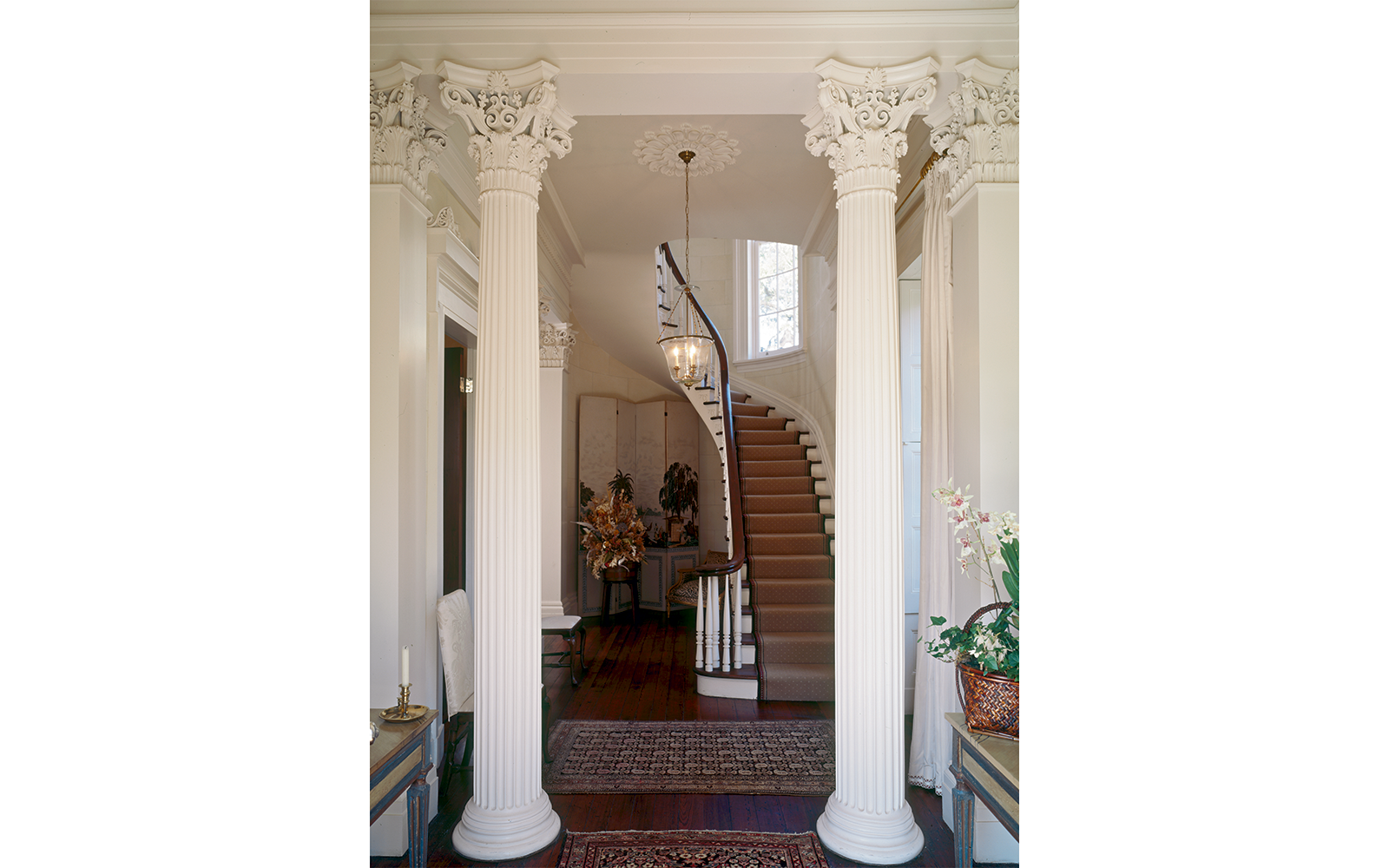 Entrance Hall of the Robert A. Grinnan House