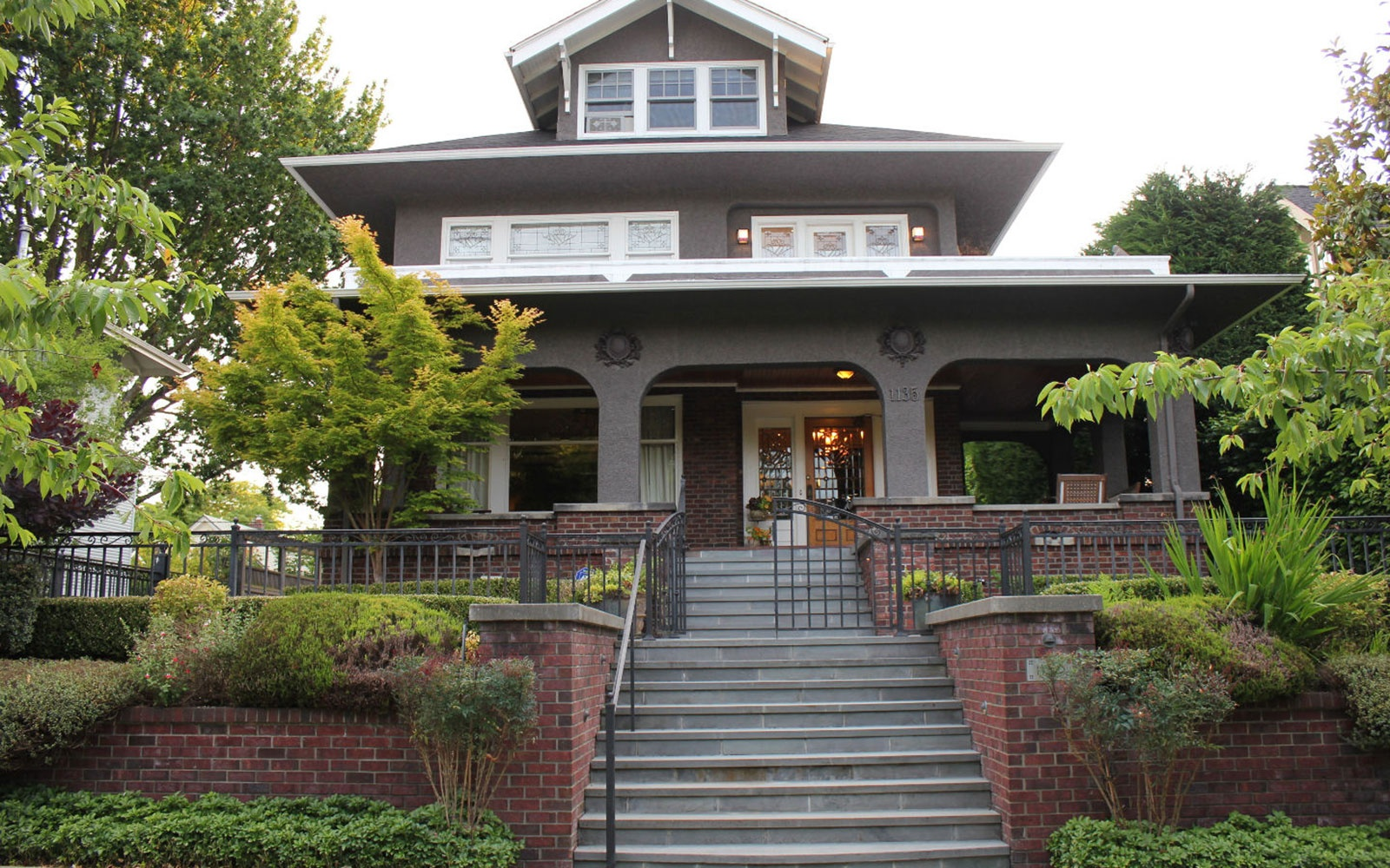 Mayor's House in Seattle, Sleeps 14