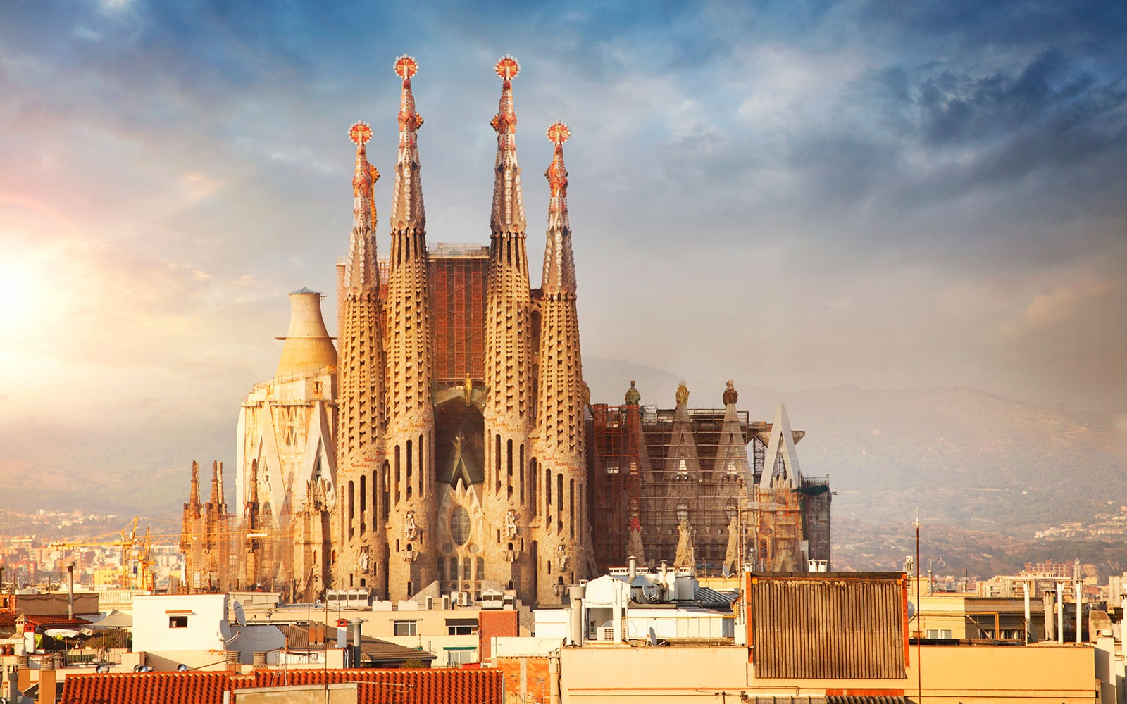Barcelona 39 s sagrada familia expected to finish in 2026 for Barcelona famila
