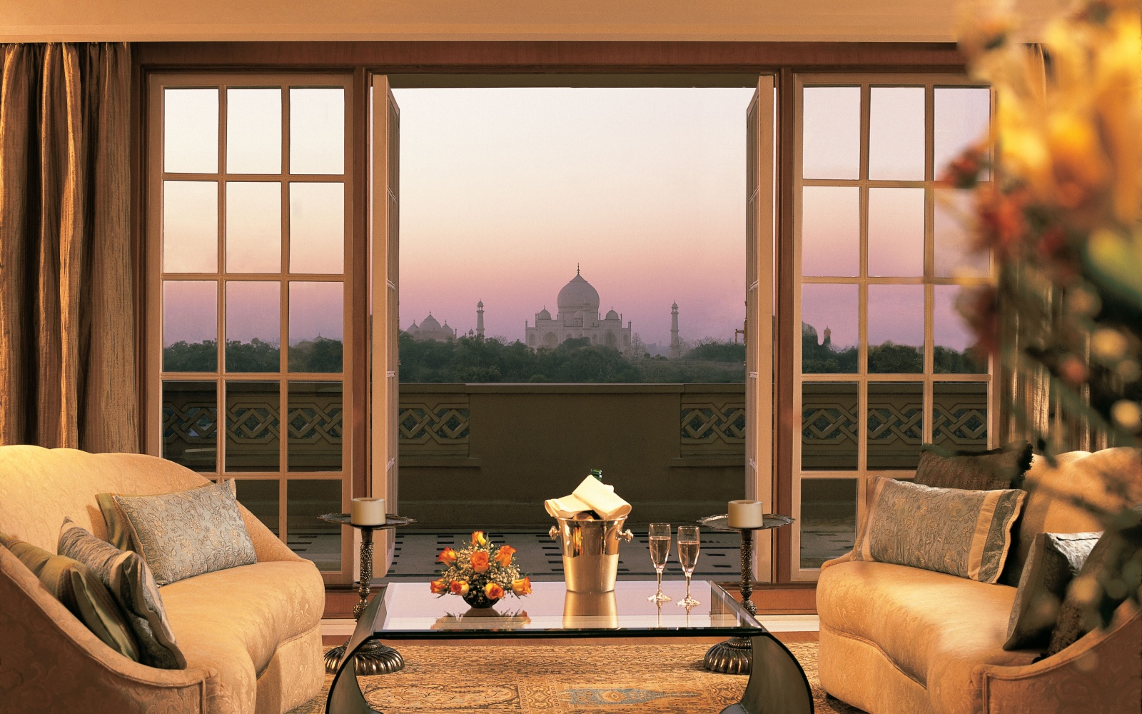 Best Hotel in Asia: The Oberoi Amarvilas