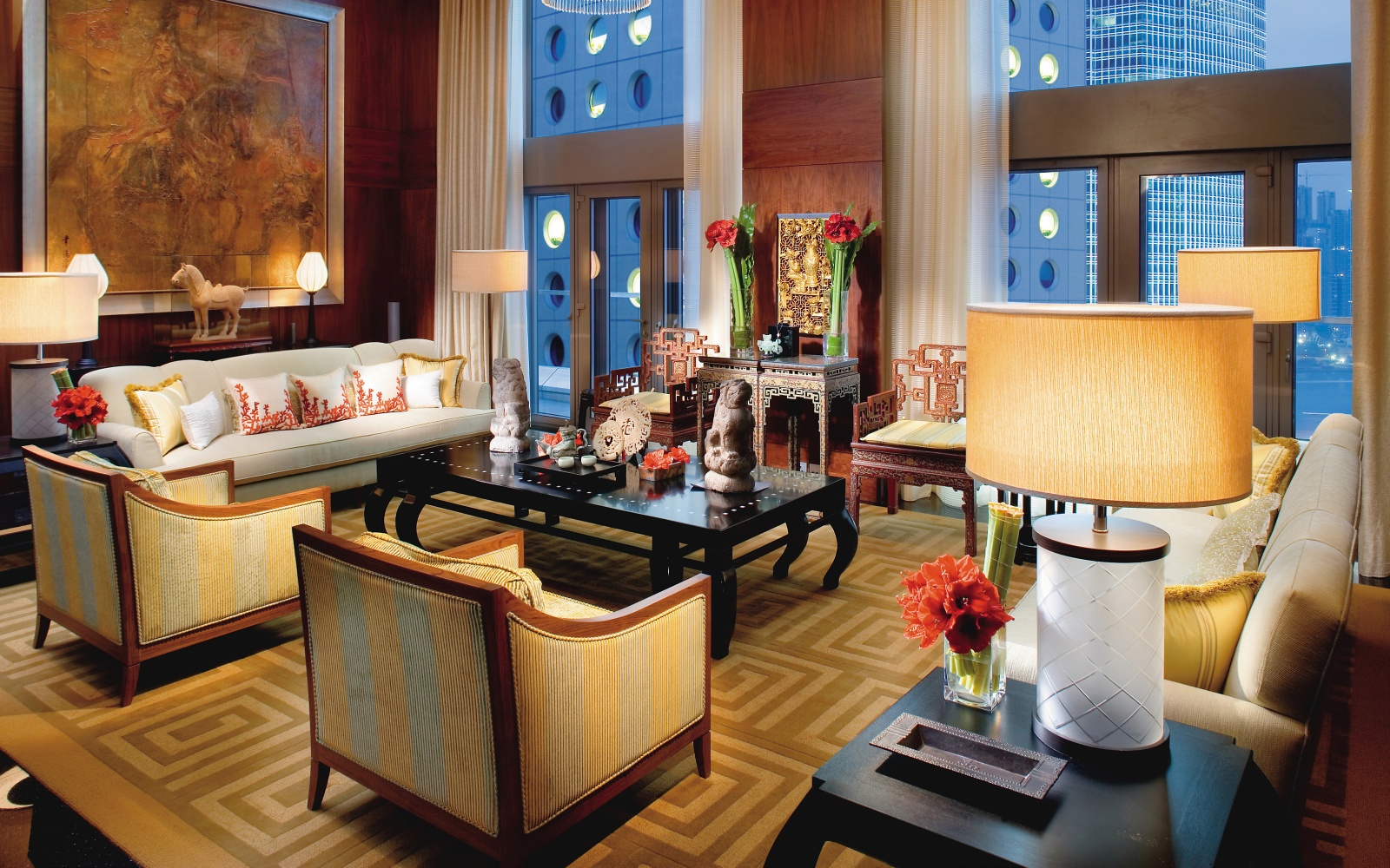 posh hotel room at Mandarin Oriental in Hong Kong