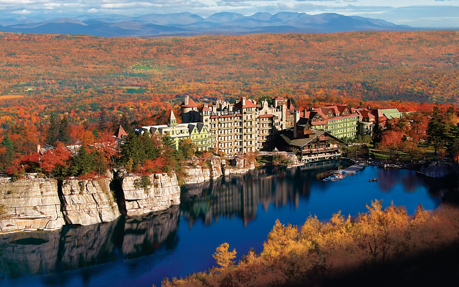 Best resorts in the u s 2015 travel leisure for Best wedding venues in new york state