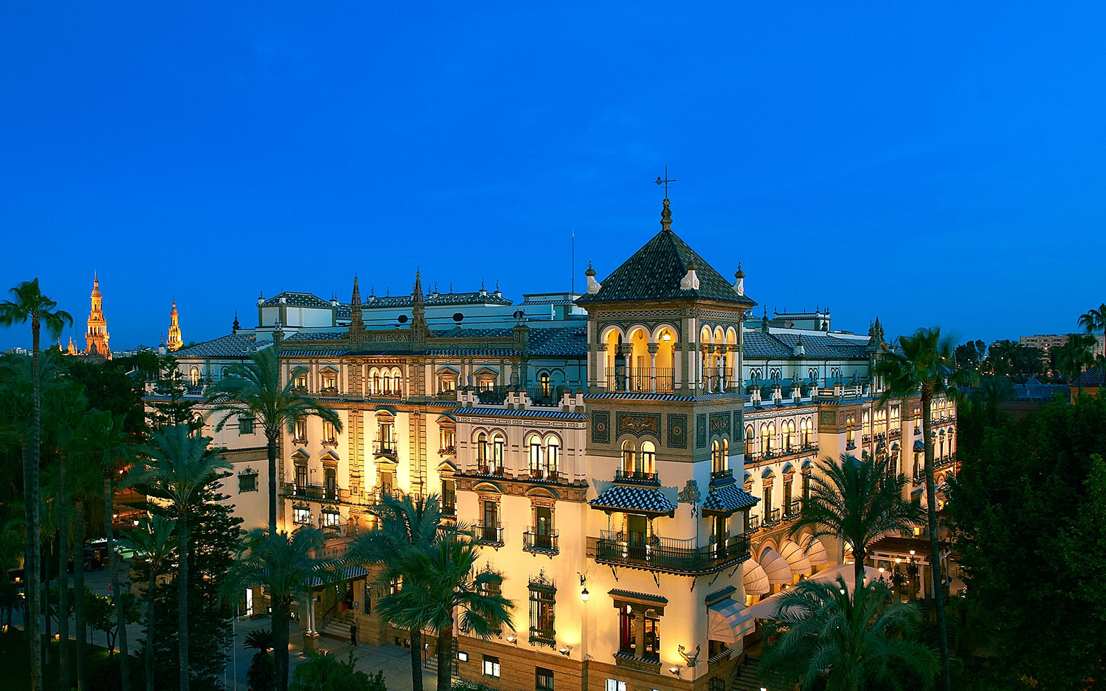 Hotel Alfonso XIII at night, a Luxury Collection Resort, Seville, Spain