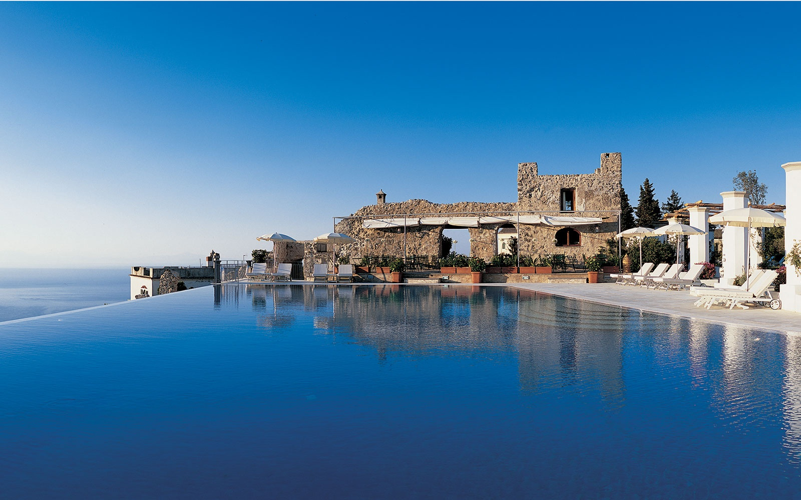 infinity pool at Belmond Hotel Caruso, Ravello, Italy