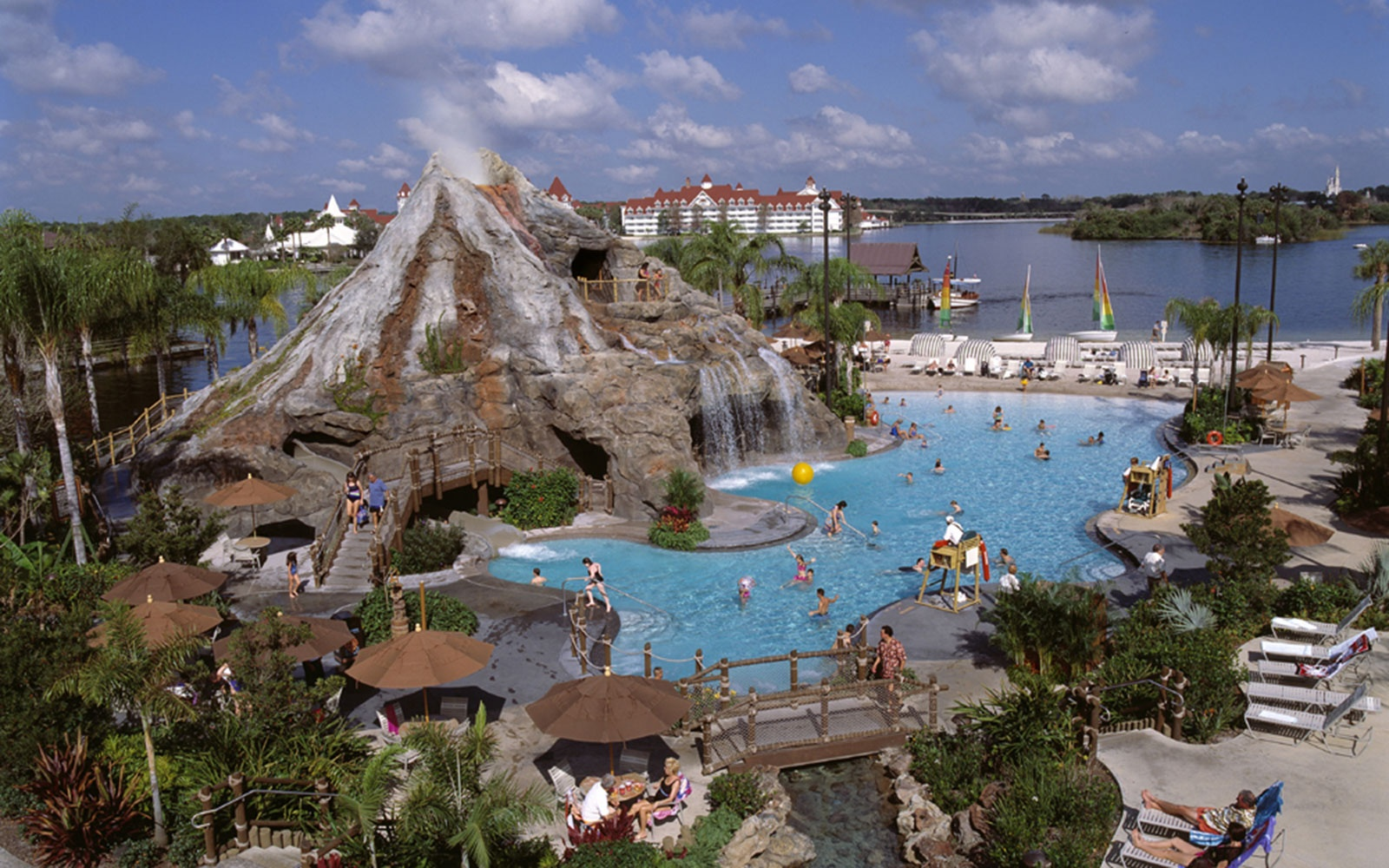 Disney S Polynesian Resort Travel Leisure