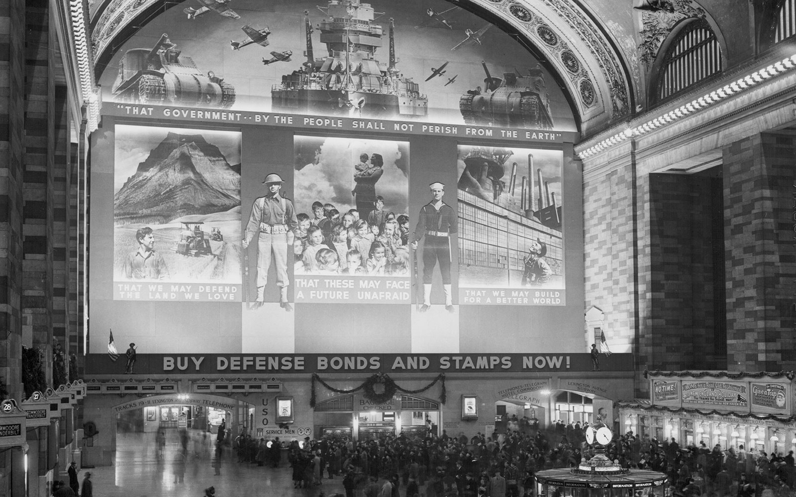 Transport Yourself Back to New York City's Grand Central Station in the 1940s