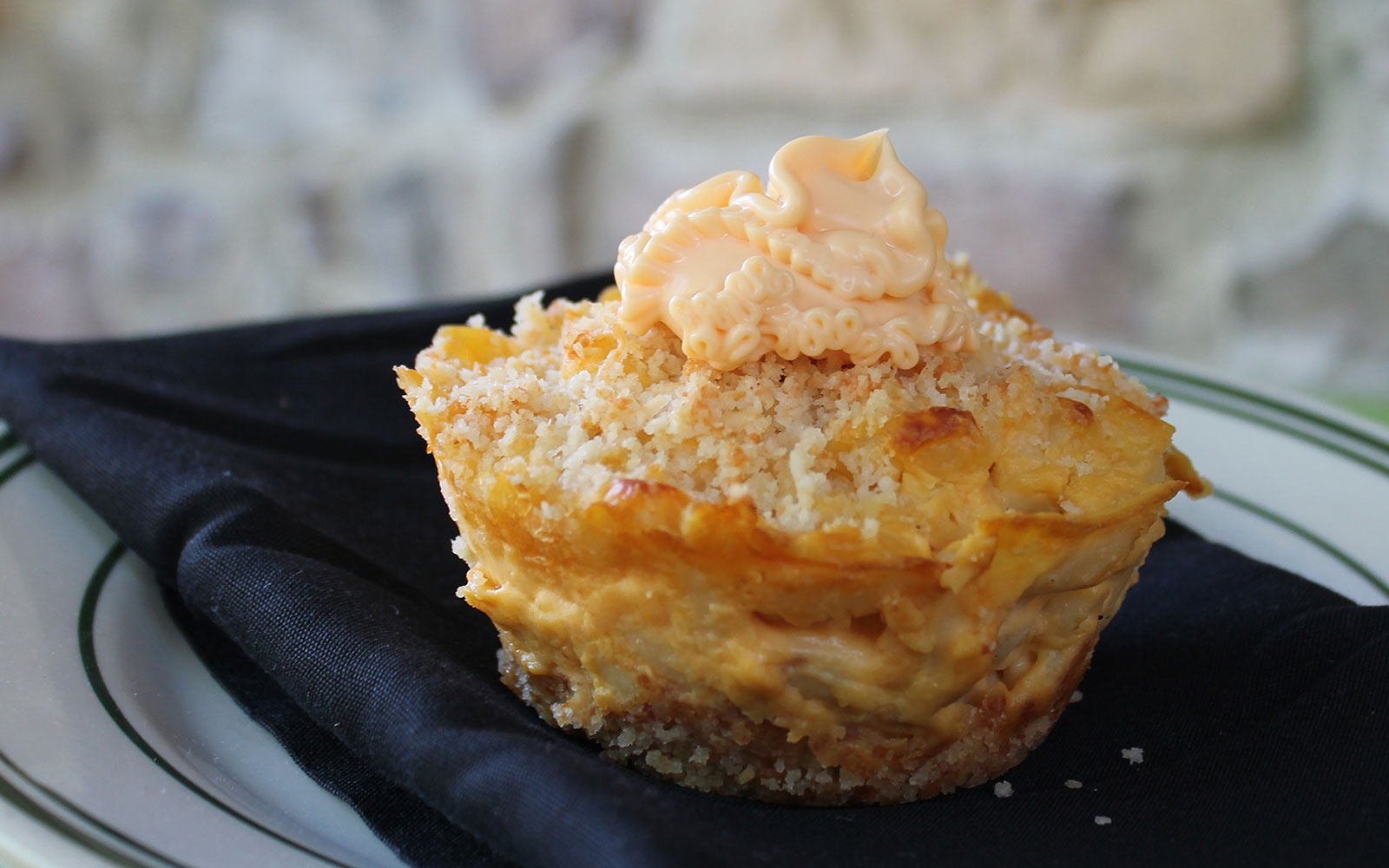 Minnesota State Fair: Mac and Cheese Cupcake