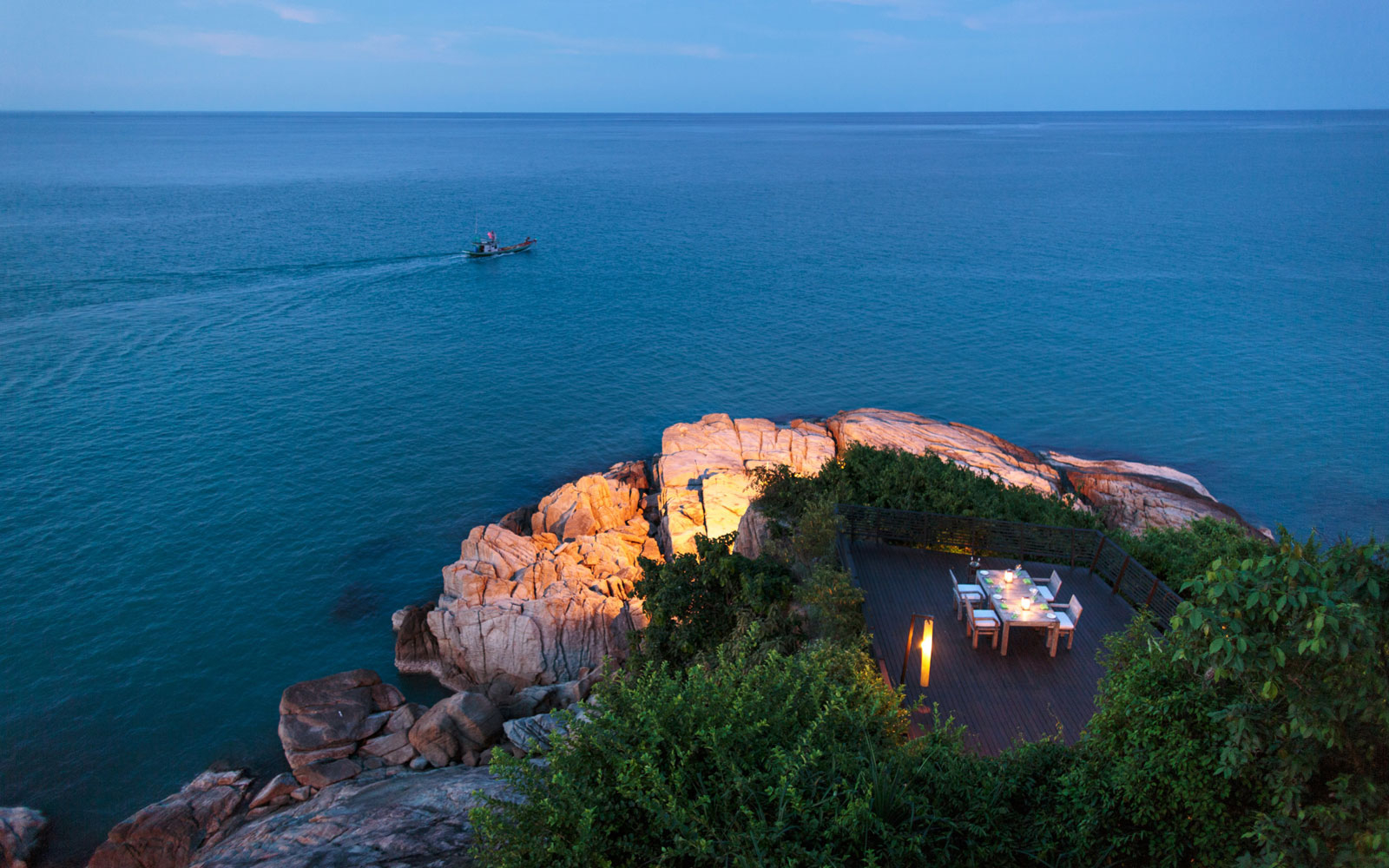 Six senses kamui reopens in thailand travel leisure for Table 99 koh samui