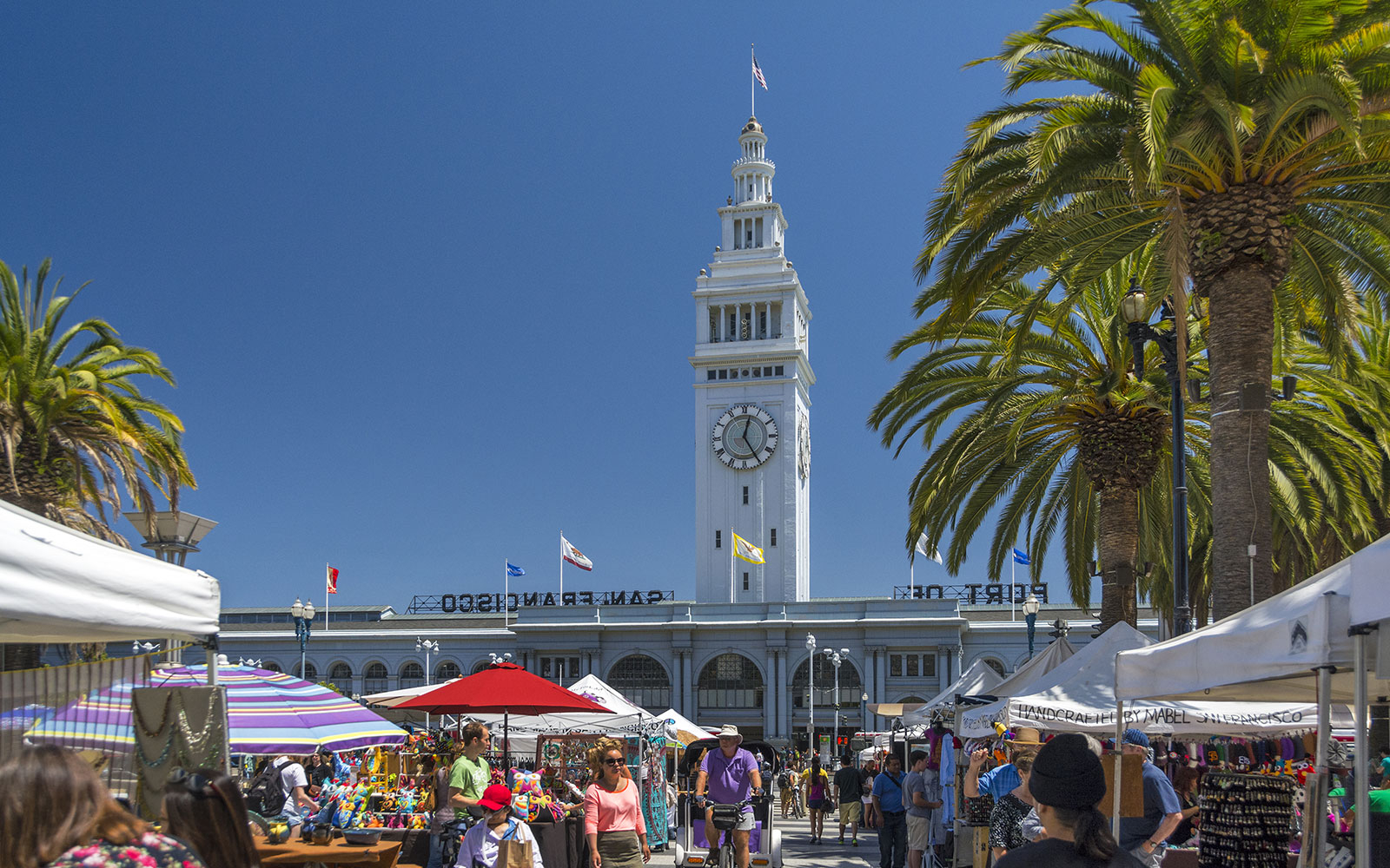 9 a.m.: Breakfast at the Ferry Building Marketplace in San Francisco