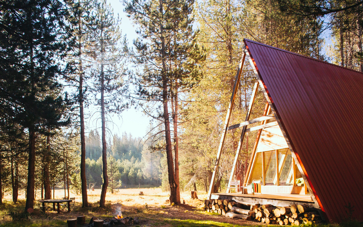 Book Now: 10 Dreamy Cabin Escapes for Fall