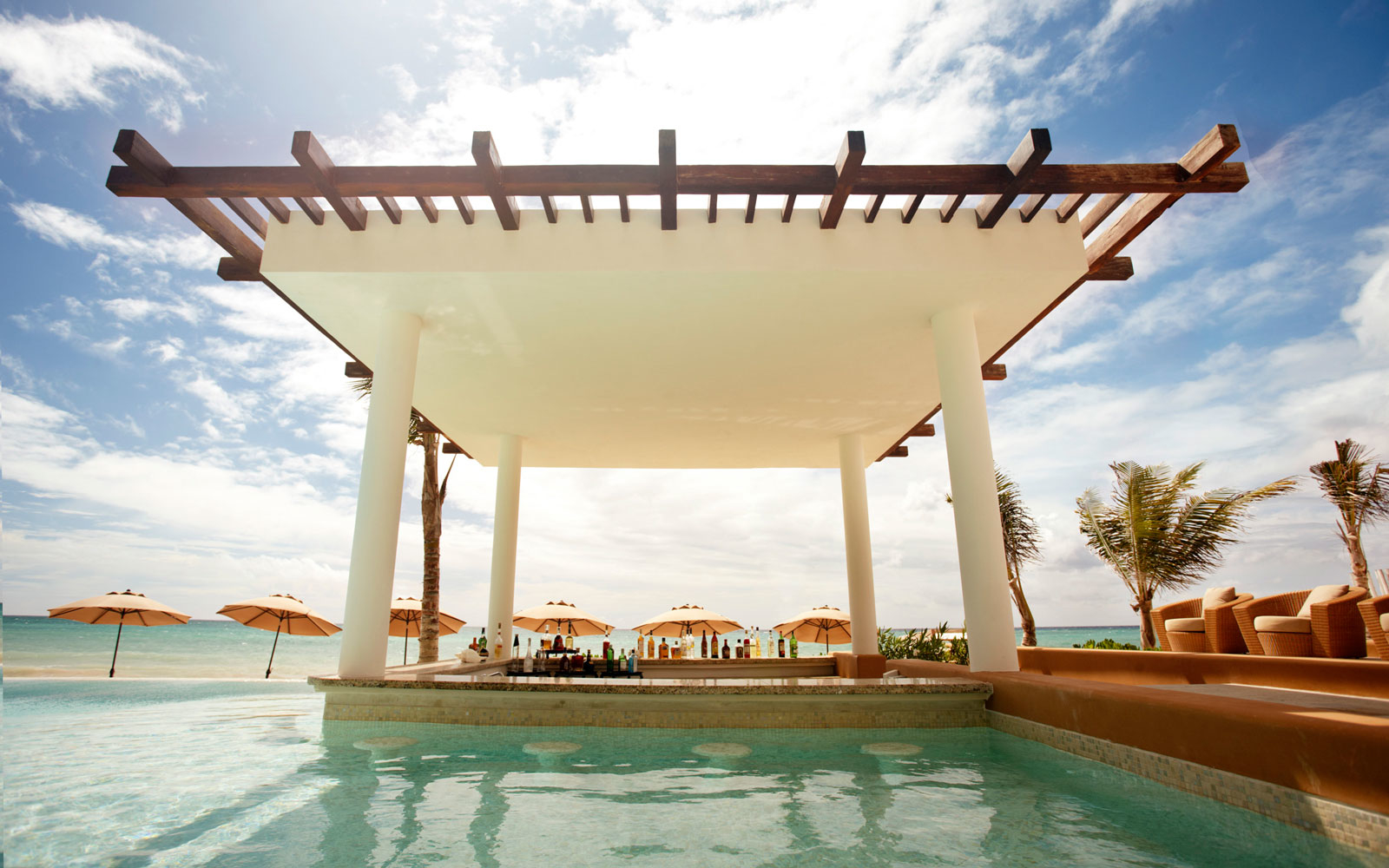 Chill Out at the World's Coolest Swim-Up Bars