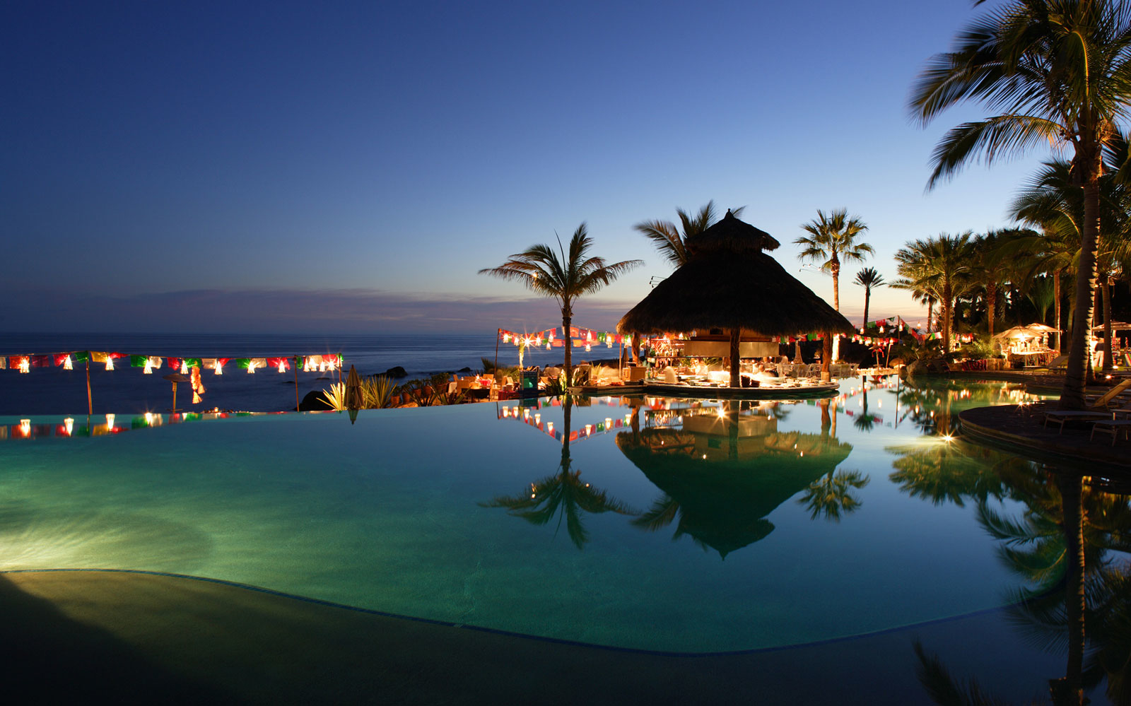 Esperanza Swim-up Bar in Cabo San Lucas, Mexico