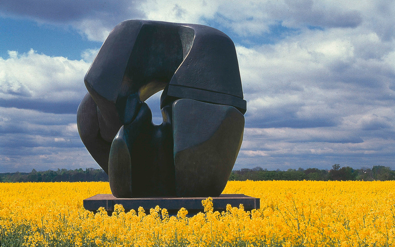 Henry Moore Sculptures Come to Burgos, Spain
