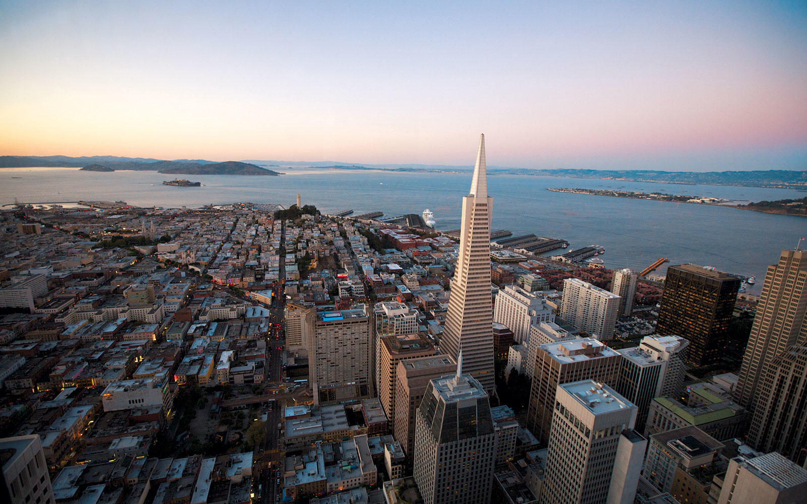 Apps That Make Travel to San Francisco Way Easier