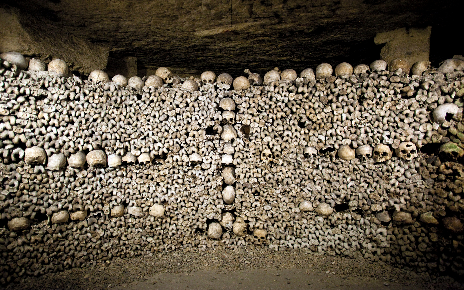 Haunted Airbnb Spend Halloween Night In The Paris Catacombs Travel