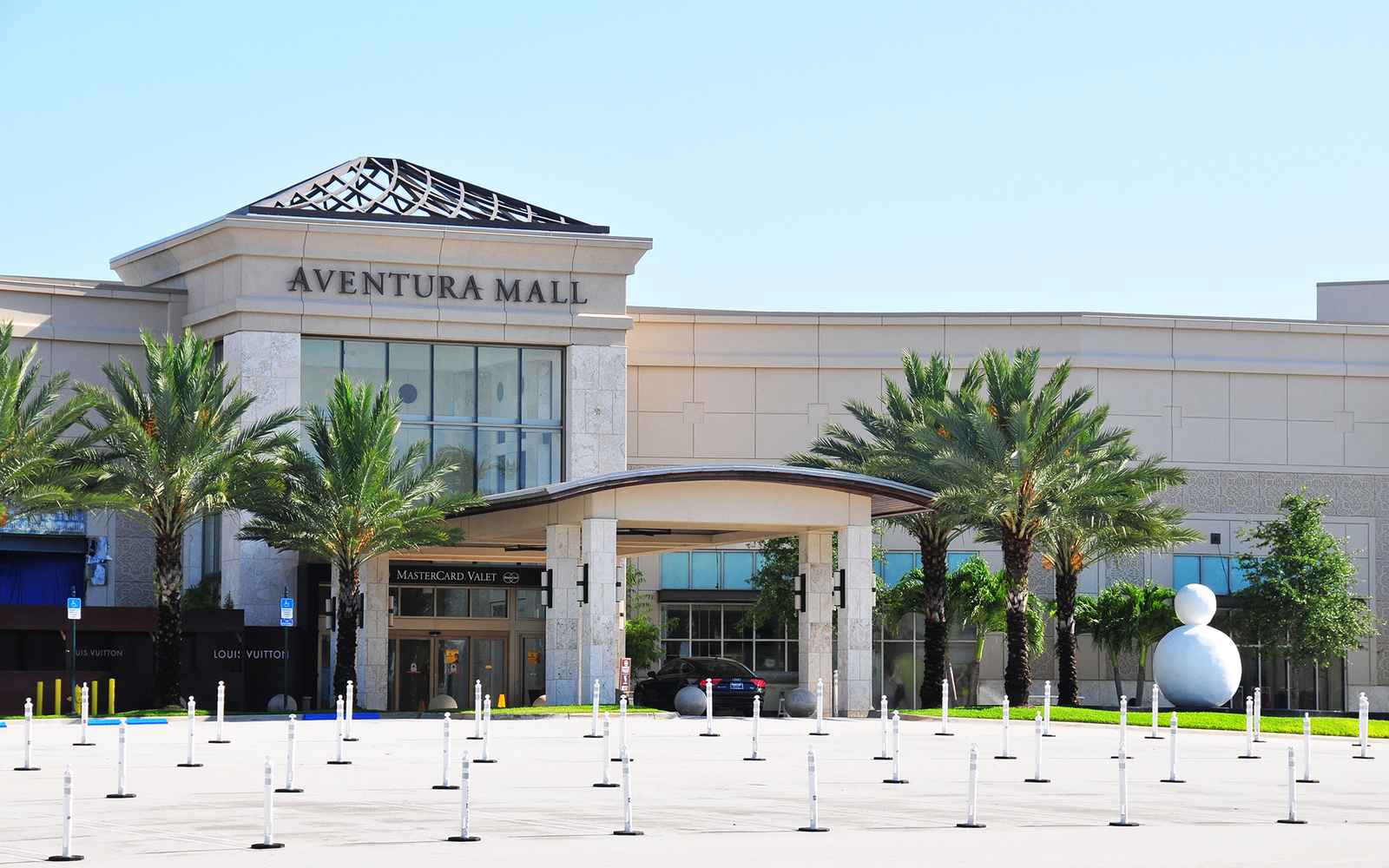 Aventura Mall Travel Leisure