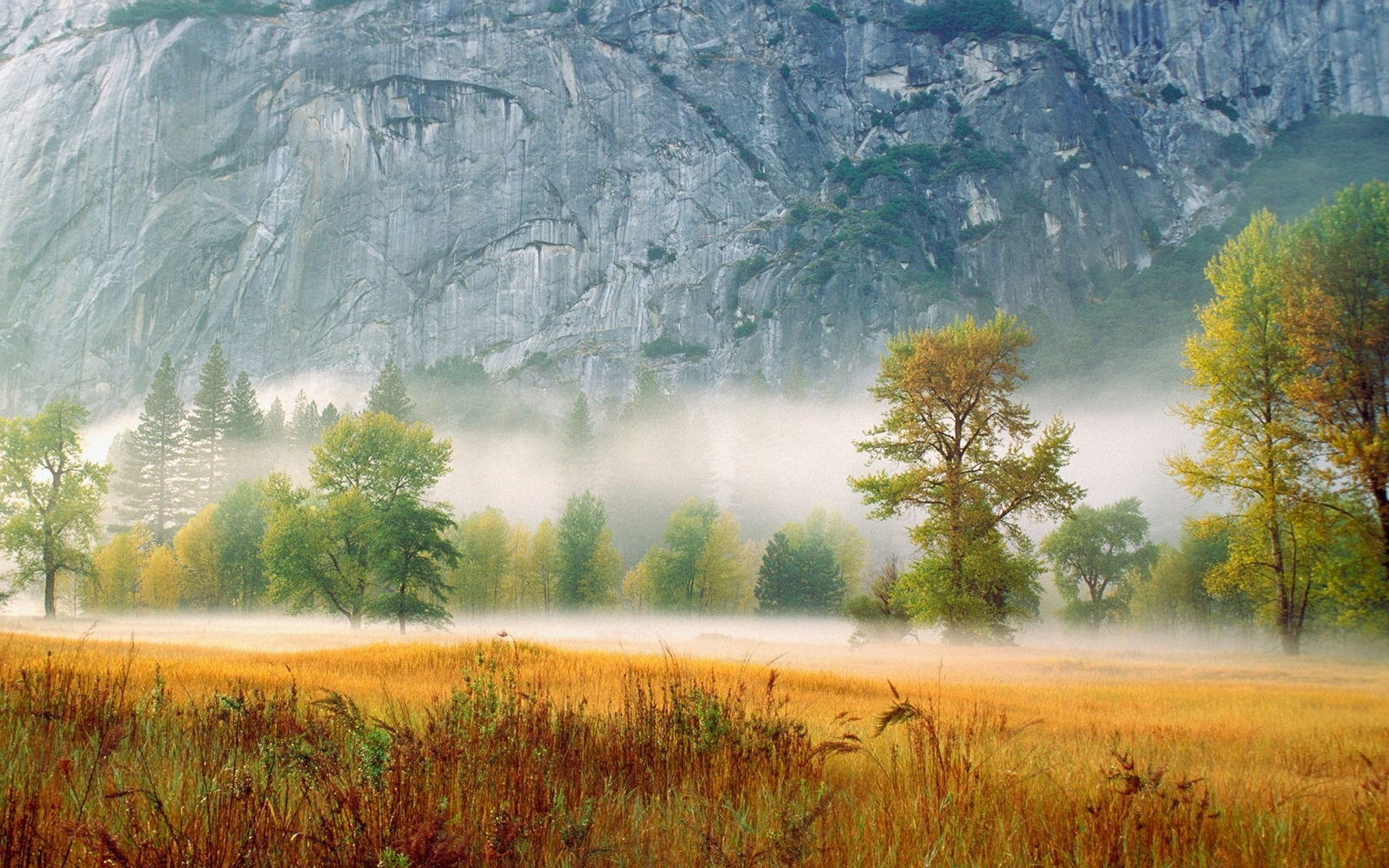 18 Beautiful Photos Of Fall From Around The World Travel