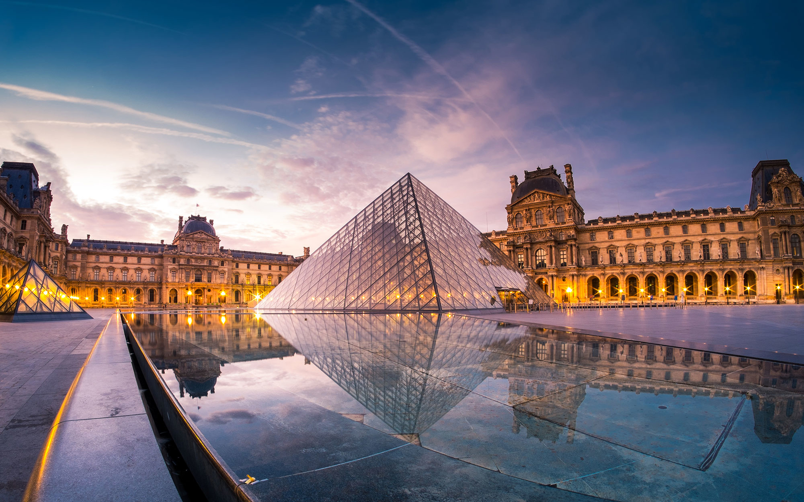 19 stunning photos of paris travel leisure for Photo de paris
