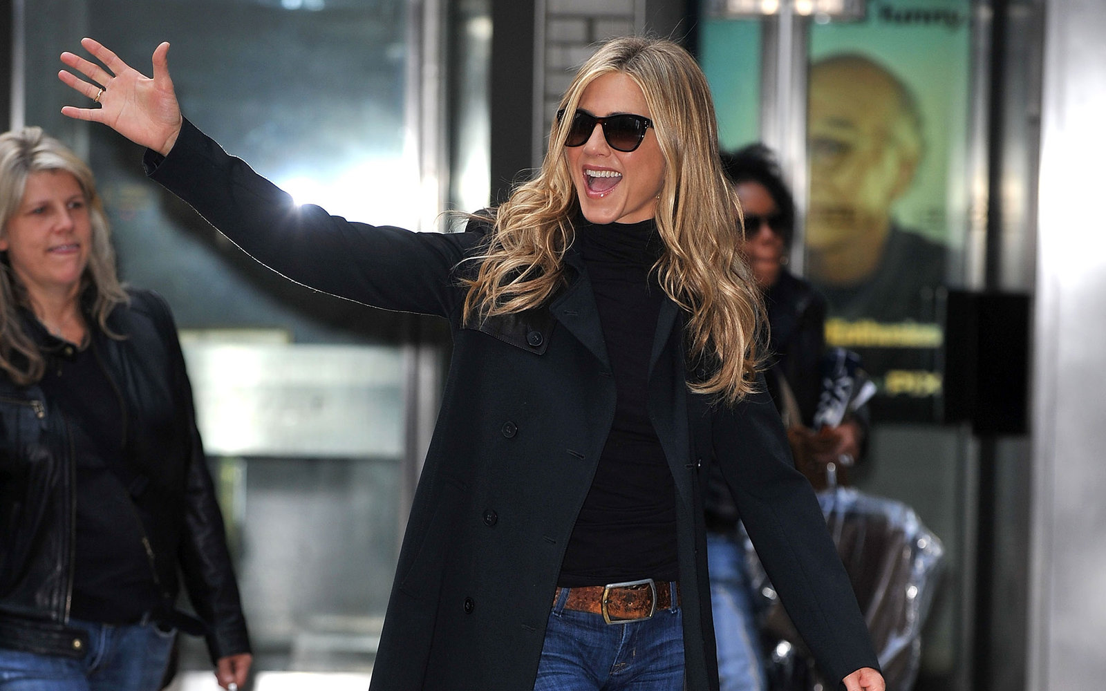 Jennifer Aniston's Weird Airplane Habits—and Other Celeb Travel Quirks