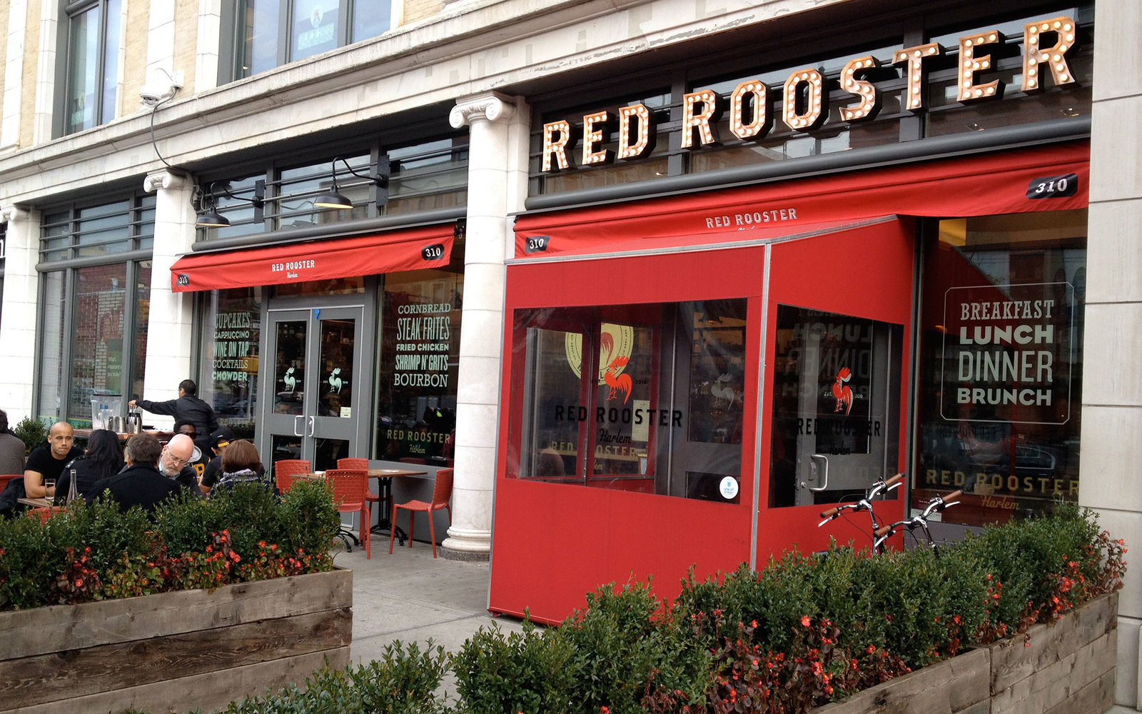red-rooster-XMAS1215.jpg