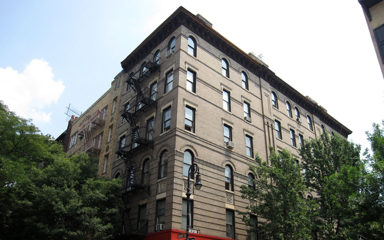 Visit TV Show Locations Friends Monica's Apartment New York