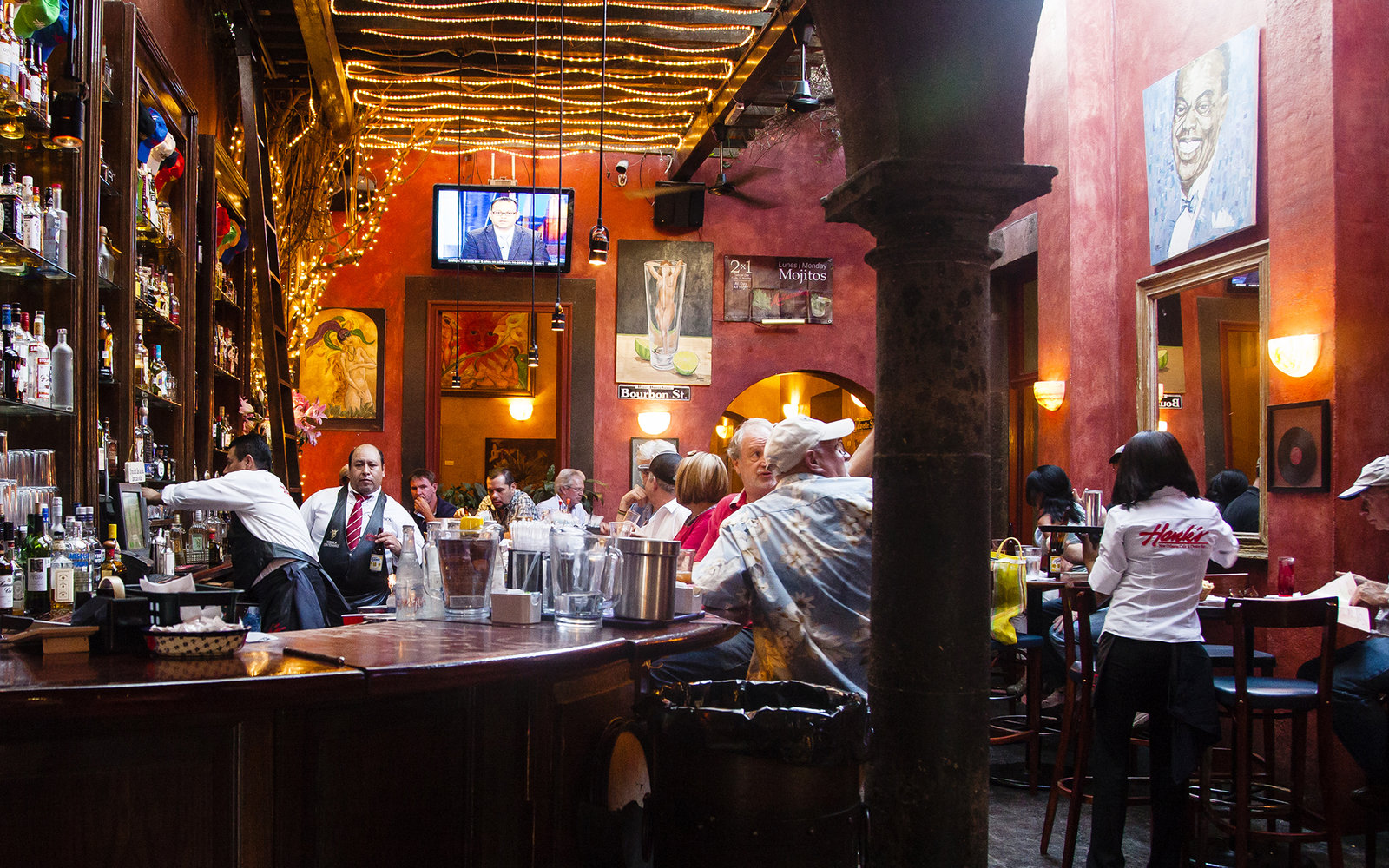 Hank S New Orleans Cafe Amp Oyster Bar Travel Leisure