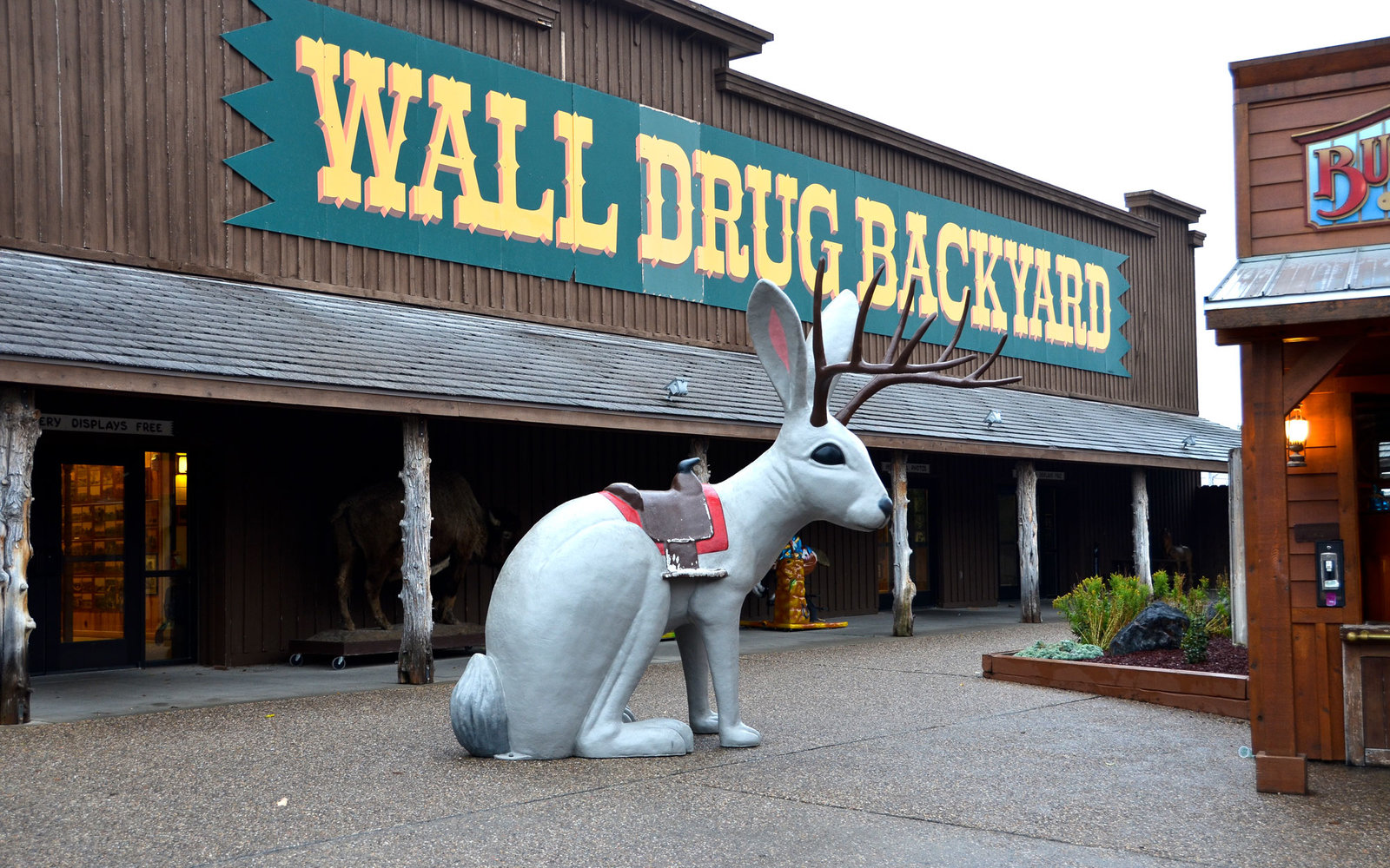 Weird Roadside Attractions American South Dakota