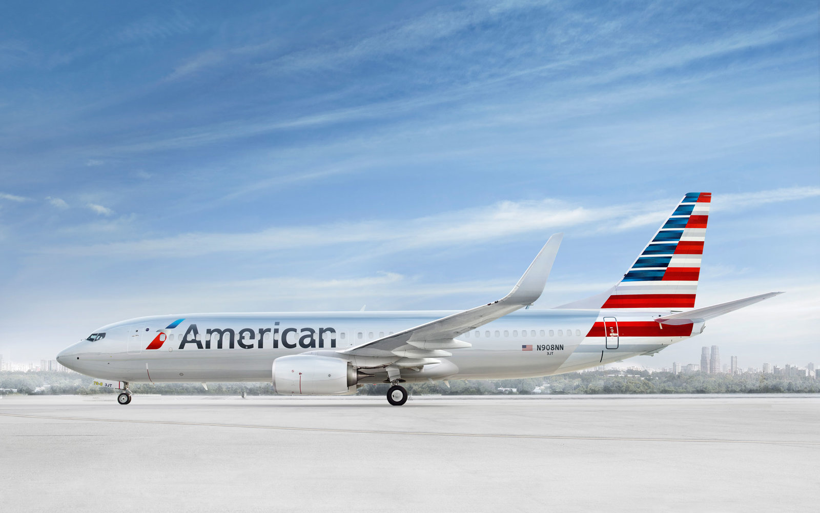 American Airlines Launches First Flights from West Coast