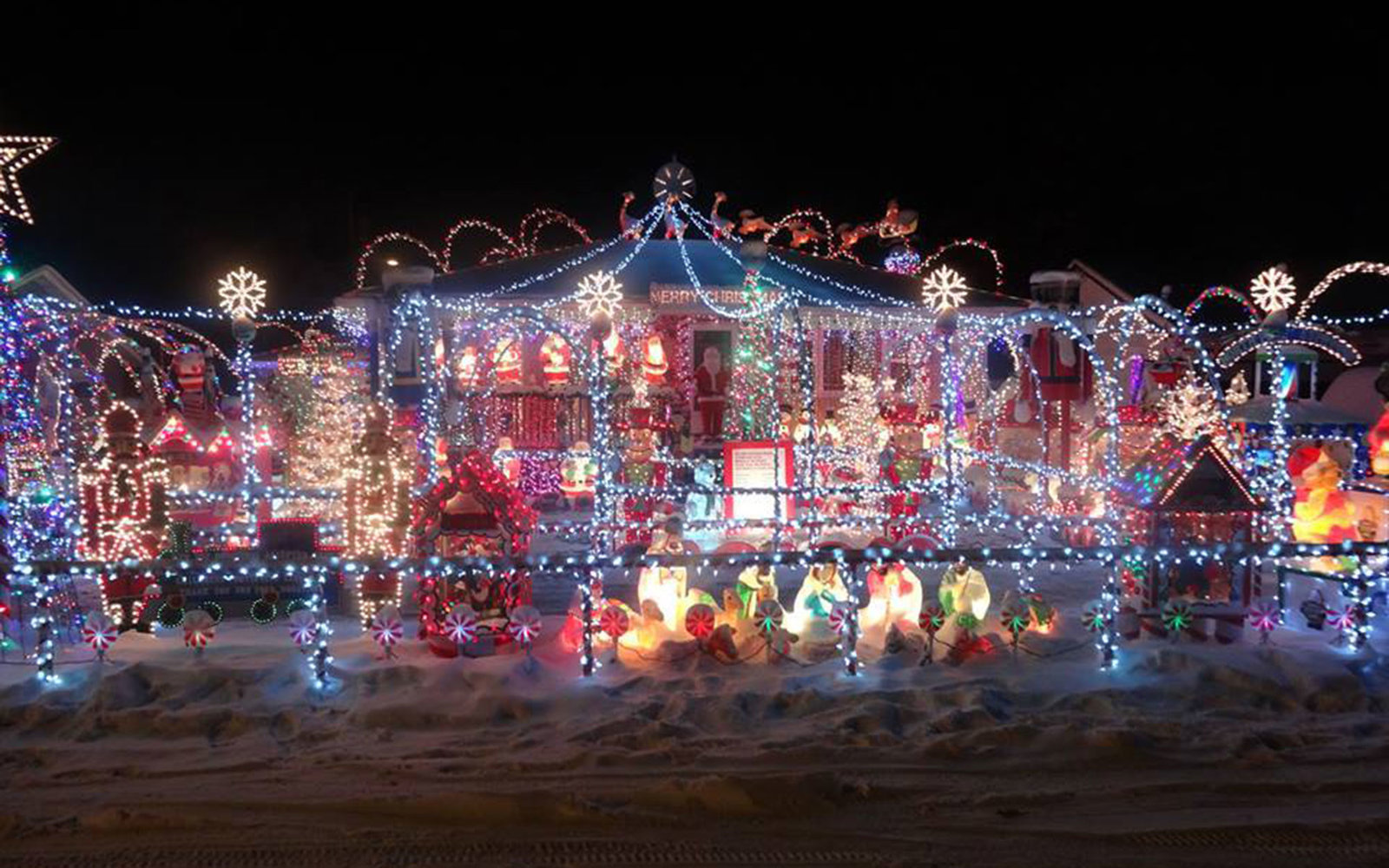 the best places to see christmas lights in every state - Christmas Light Show Michigan
