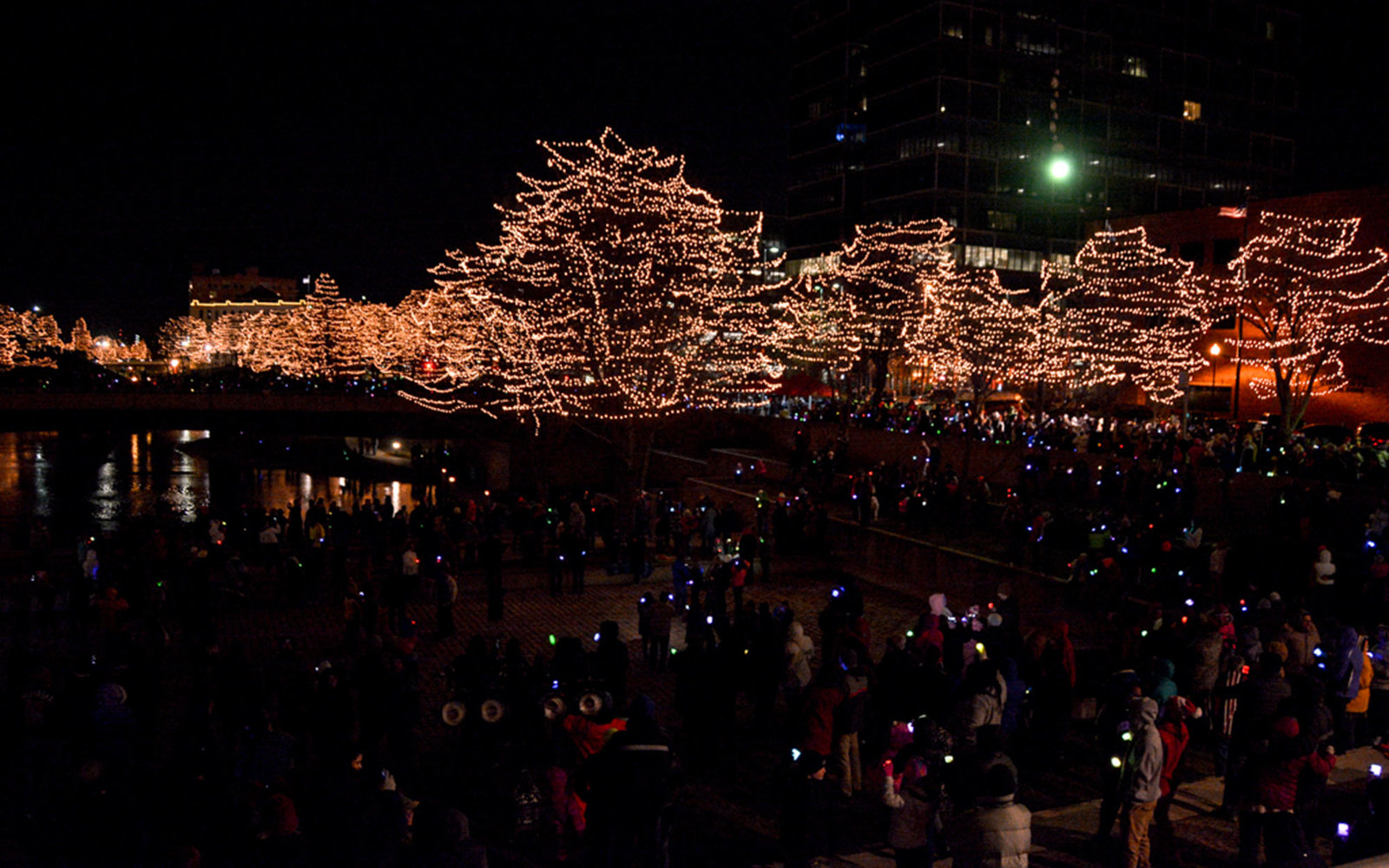 the best places to see christmas lights in every state - Coolest Christmas Lights