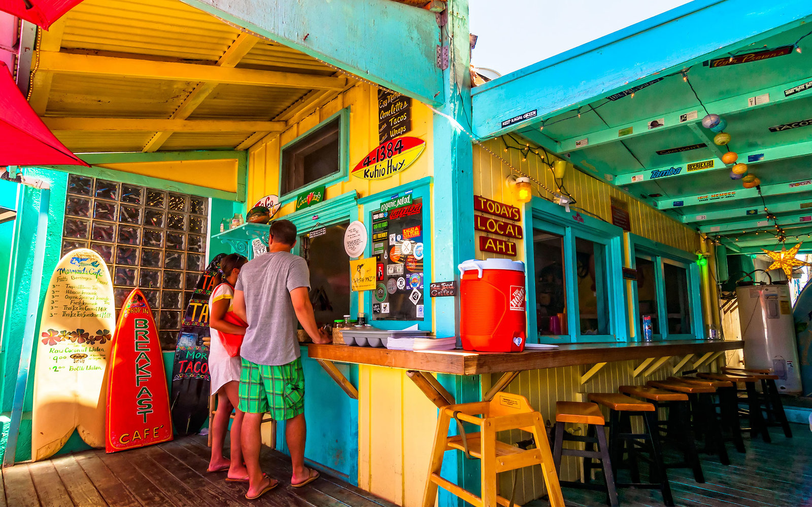 EG8E9C KAPAA, HAWAII -  AUGUST 28 - day view of picturesque Mermaids Cafe on August 28, 2013 in Kapaa, Kauai, HI, USA .Mermaids Cafe is