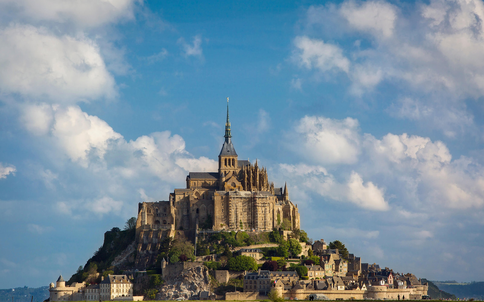 F441HK Mont Saint Michel, Normandy, France. Image shot 2014. Exact date unknown.