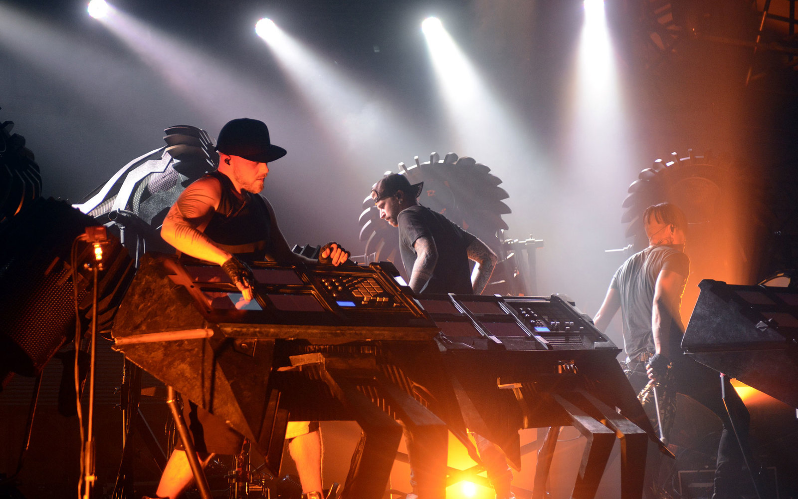 GEORGE, WA - MAY 25:  (L - R) Boreta, Ooah, and edIT of The Glitch Mob perform during the 2015 Sasquatch! Music Festival at The Gorge on May 25, 2015 in George, Washington.  (Photo by Tim Mosenfelder/Getty Images)