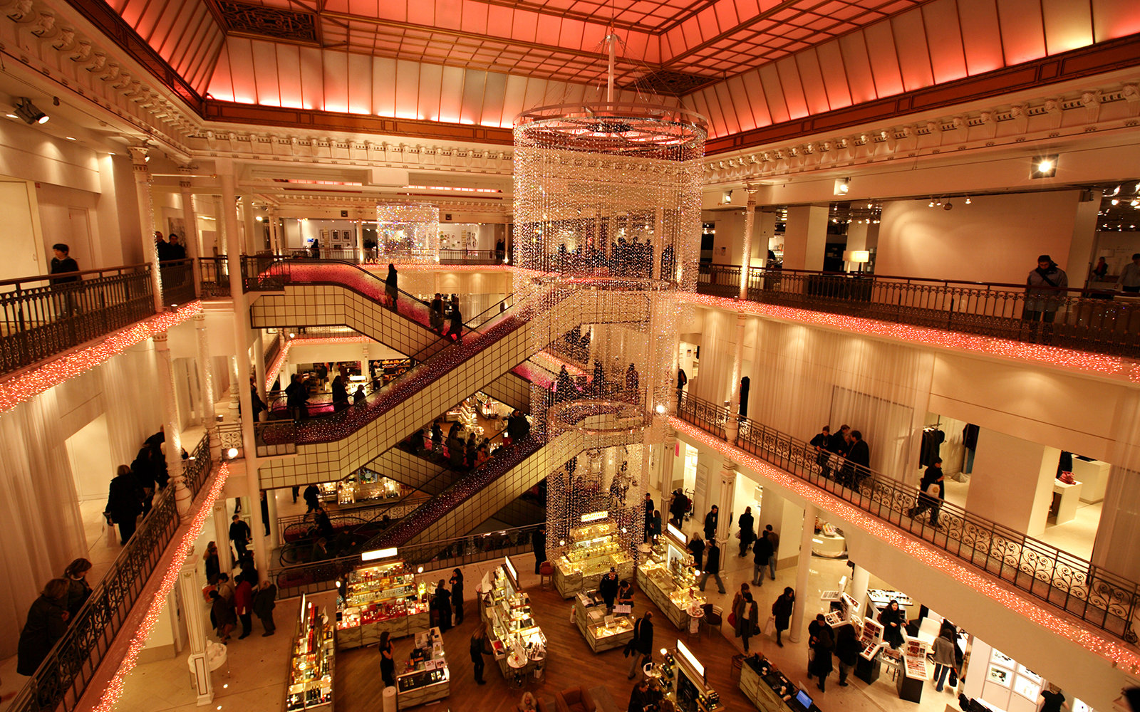 World's Most Spectacular Department Stores