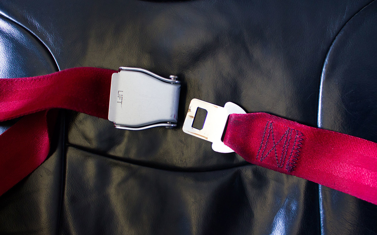 seat belt on airplane for safety