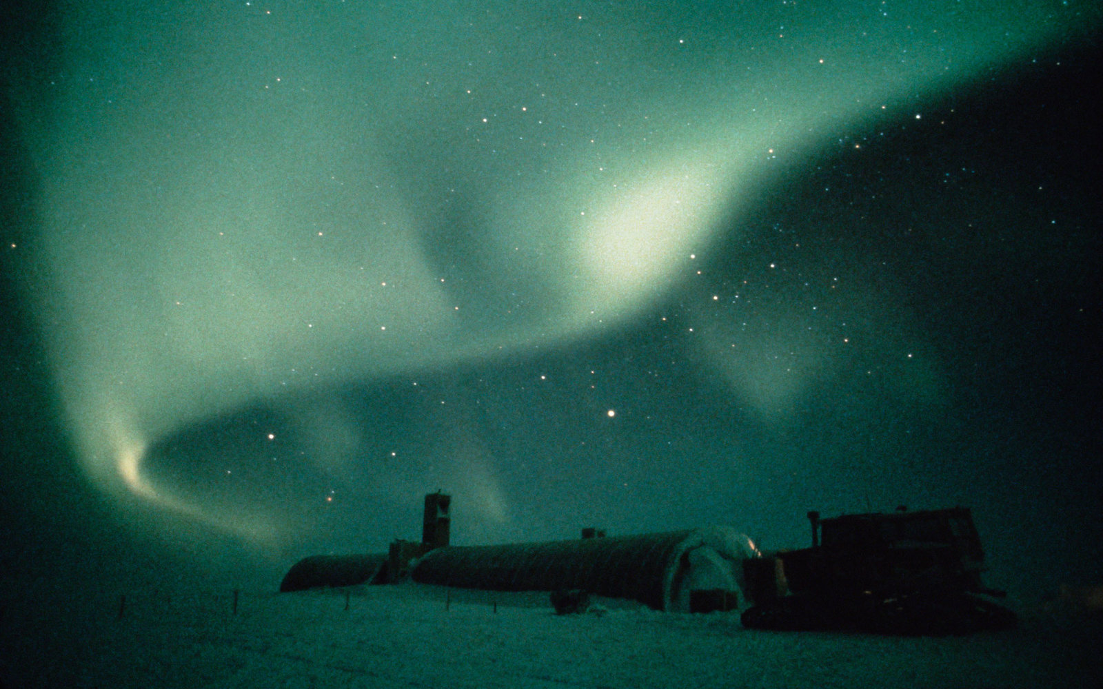 southern lights antarctica