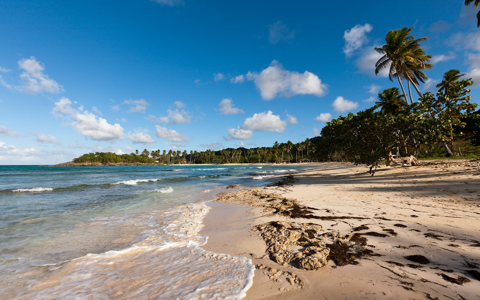 (GERMANY OUT) Playa Rincon Beach near Las Galeras, Samana Peninsula, Dominican Republic  (Photo by Reinhard Dirscherl/ullstein bild via Getty Images)