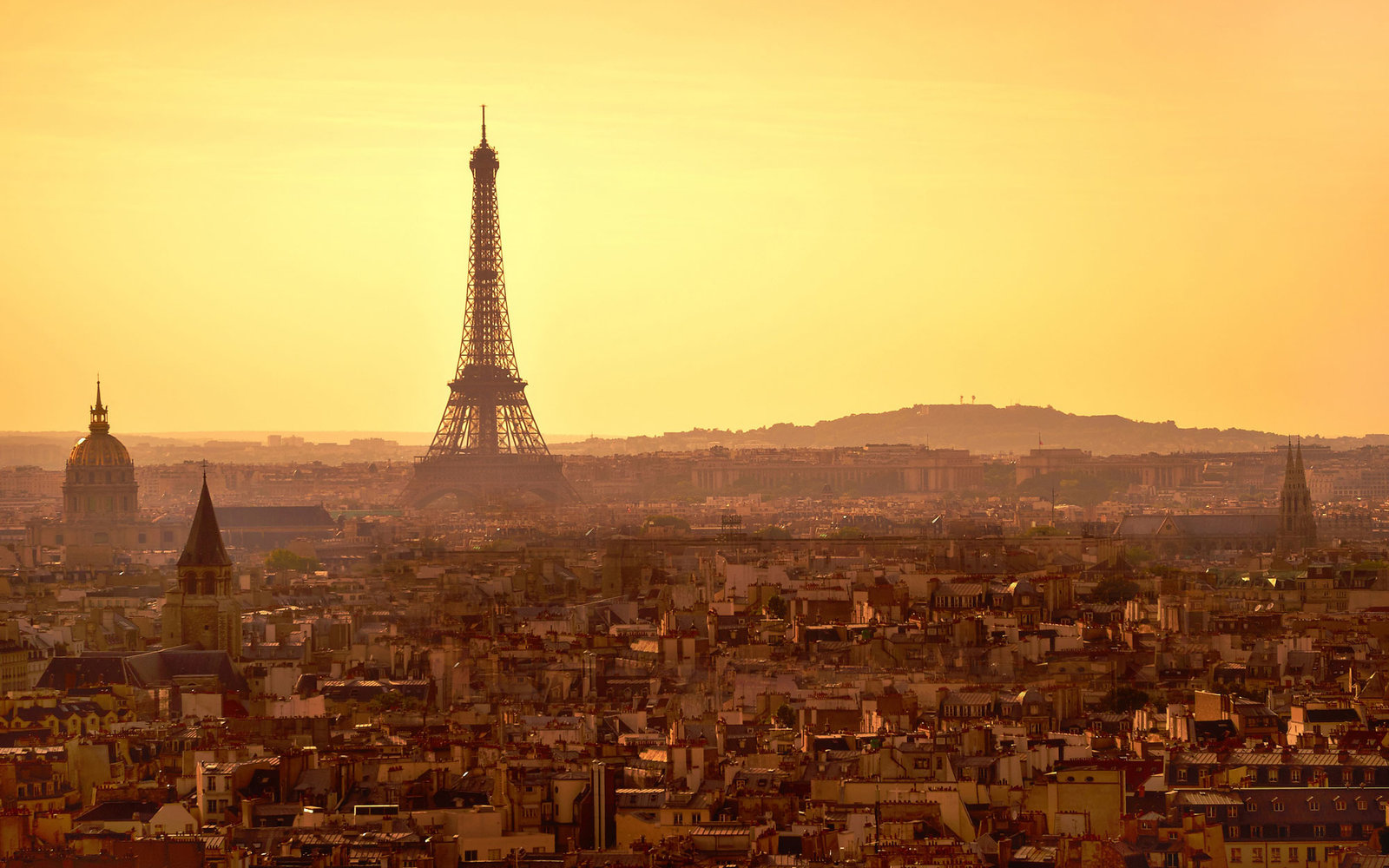 New Nonstop Flights to Paris for $402 or Less